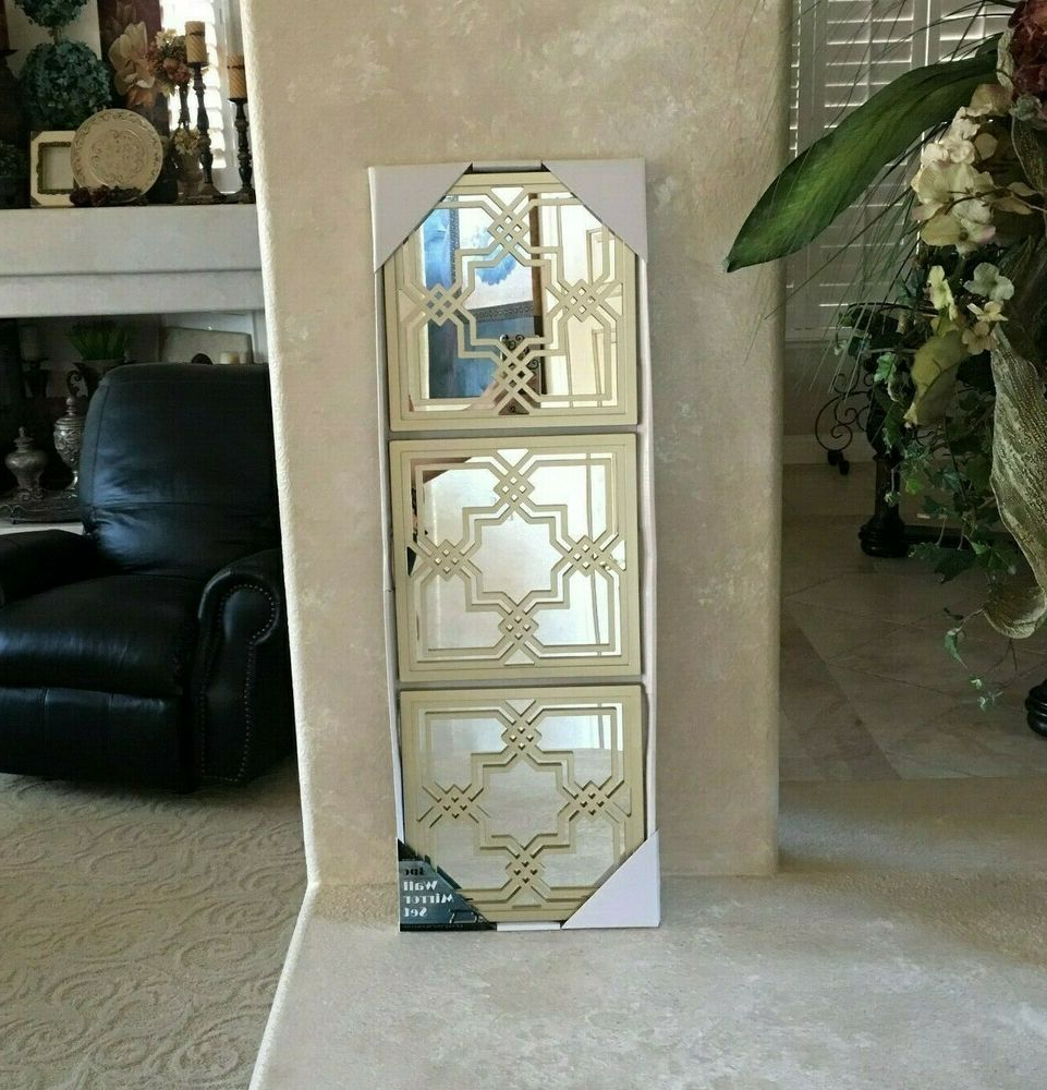 """Fashionable Plastic Wall Mirrors For 3Pc Modern 9.5"""" X  (View 7 of 20)"""