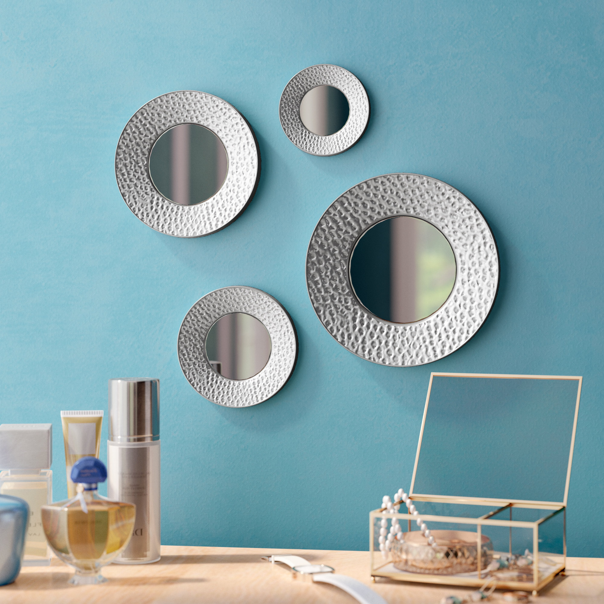 Favorite 4 Piece Deon Wall Mirror Set Throughout Wall Mirror Sets Of 4 (Gallery 7 of 20)