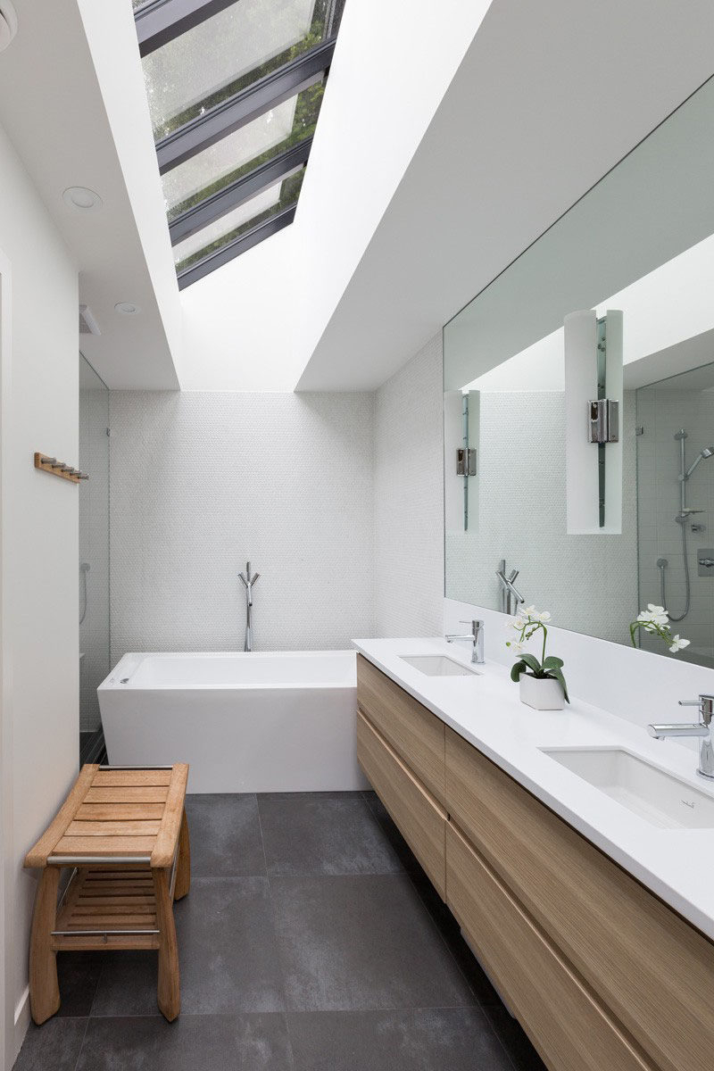 Favorite 5 Bathroom Mirror Ideas For A Double Vanity Throughout Wall Mirrors For Bathroom Vanities (Gallery 20 of 20)