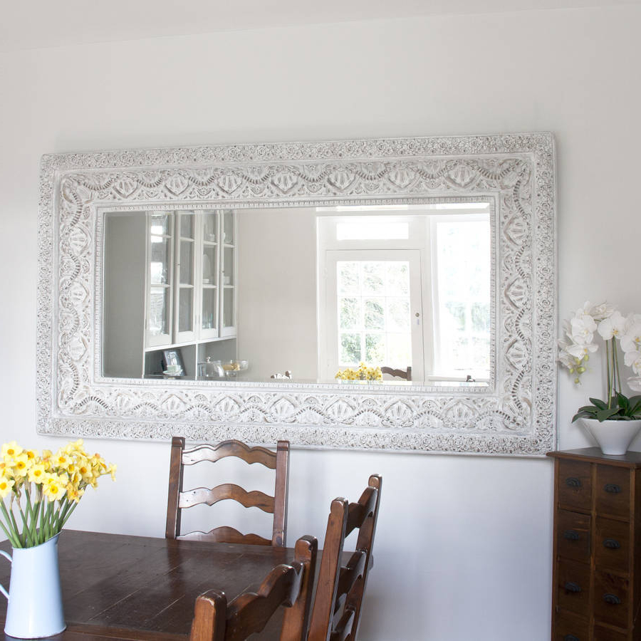 Favorite Carved White 'shabby Chic' Mirror With White Shabby Chic Wall Mirrors (Gallery 19 of 20)