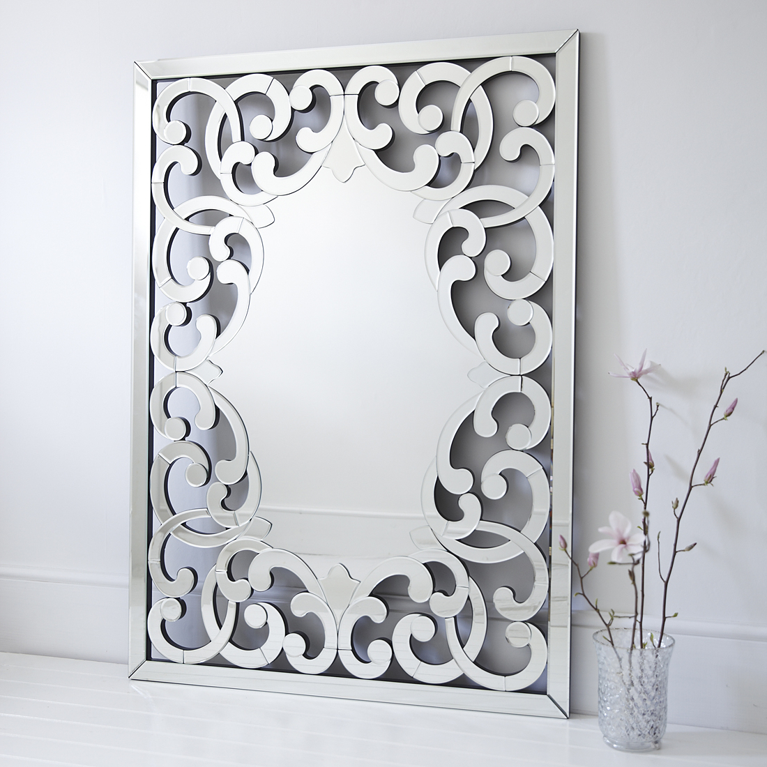 Favorite Large Venetian Wall Mirrors Intended For Large Venetian Fleur De Lis Wall Mirror (View 6 of 20)