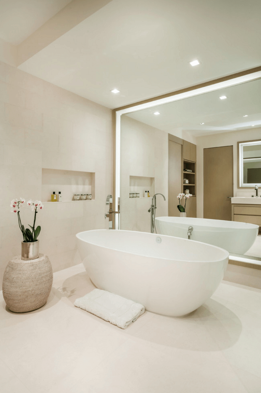 Giant Wall Mirrors For Fashionable 30 Cool Ideas To Use Big Mirrors In Your Bathroom (View 20 of 20)