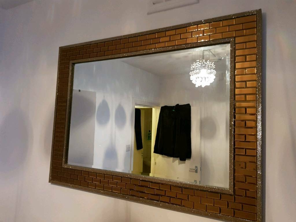 Glitter Wall Mirrors With Regard To Well Known Bronze Wall Mirror(glitter Effect) (View 16 of 20)