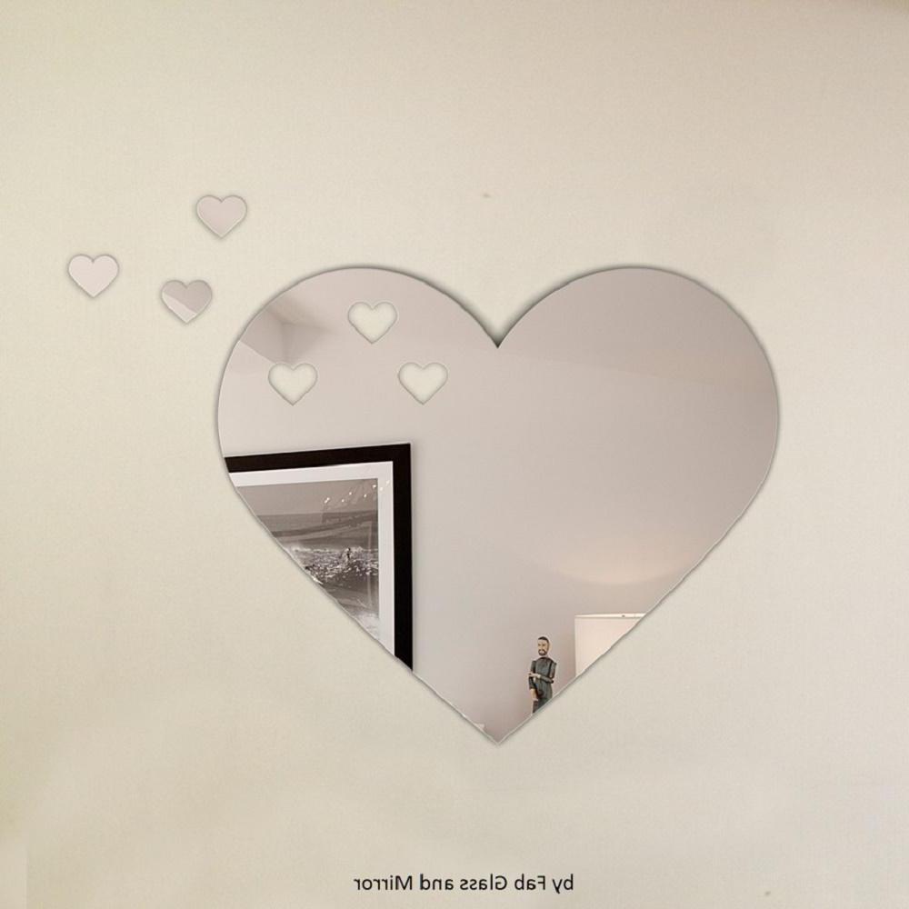 Heart Wall Mirrors With Regard To 2020 Heart Shape Frameless Decorative Wall Mirror With 3 Croped Heart Pieces (Gallery 5 of 20)