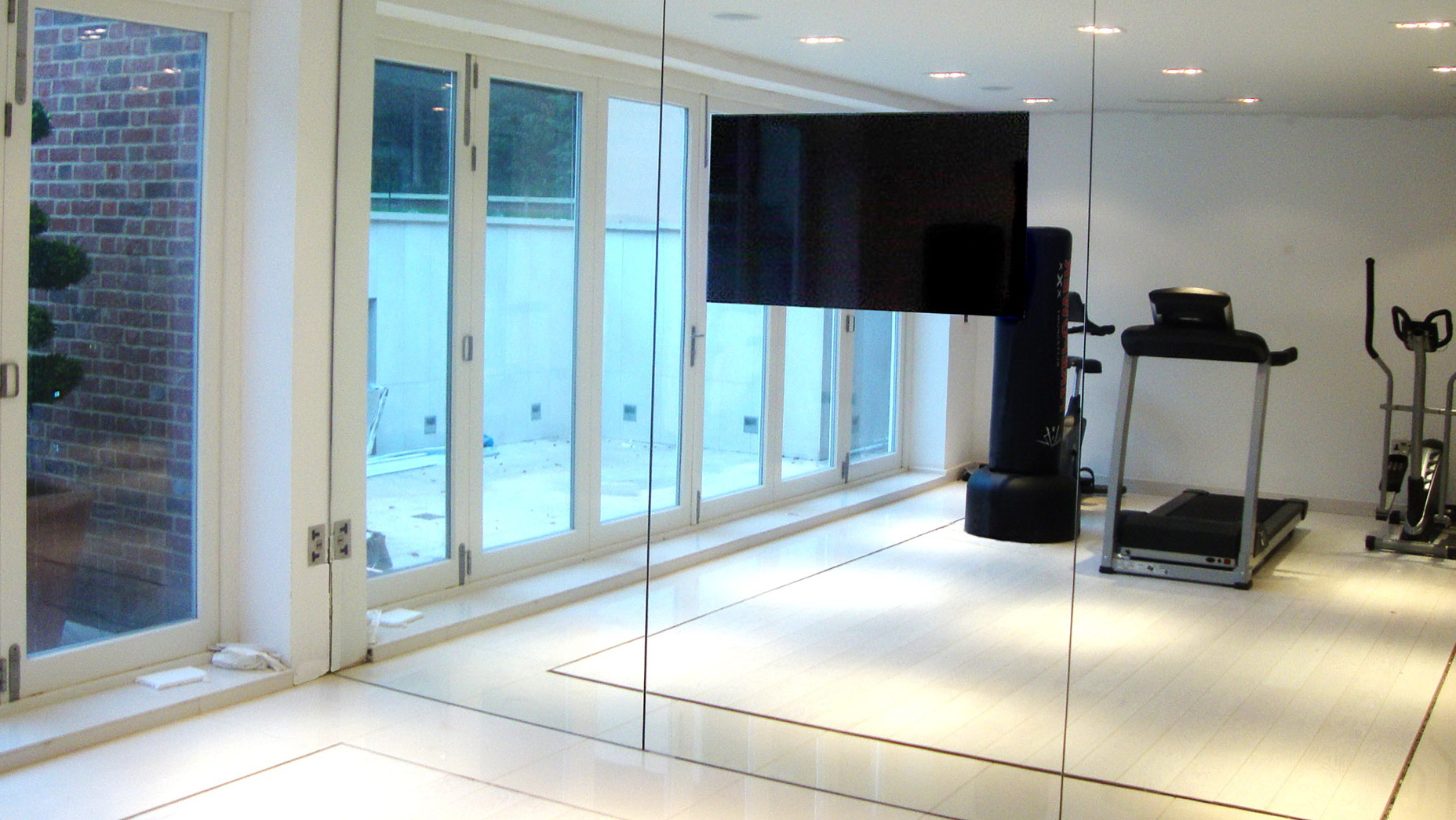 Home Gym Mirrors Home Depot – Cjl Webcare Solutions With Famous Wall Mirrors For Home Gym (View 17 of 20)