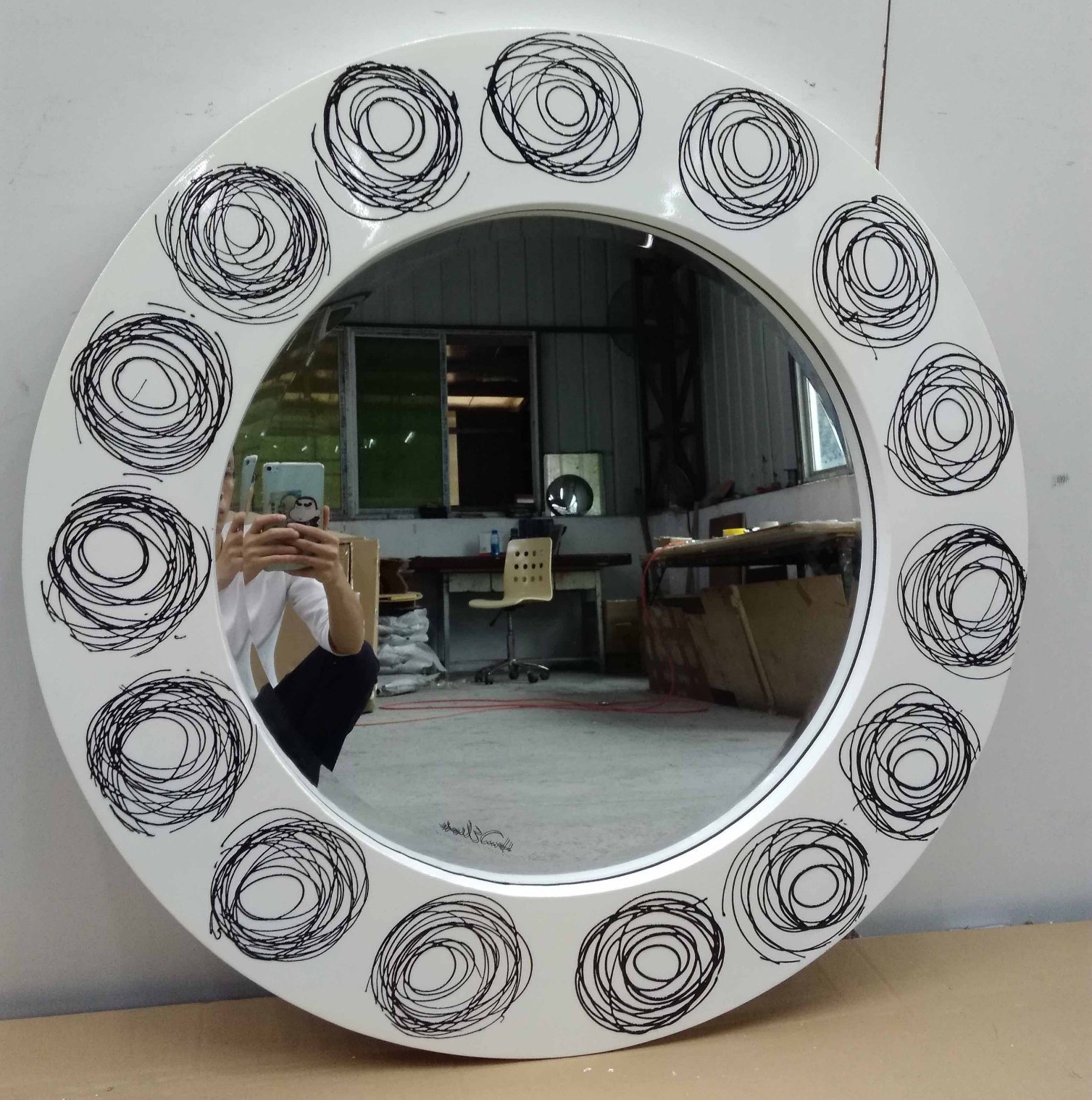 [%[hot Item] Loops Art Round Modern Decorative Wall Mirror (lh M17012) Throughout Latest Modern Decorative Wall Mirrors|modern Decorative Wall Mirrors Throughout Widely Used [hot Item] Loops Art Round Modern Decorative Wall Mirror (lh M17012)|well Liked Modern Decorative Wall Mirrors For [hot Item] Loops Art Round Modern Decorative Wall Mirror (lh M17012)|trendy [hot Item] Loops Art Round Modern Decorative Wall Mirror (lh M17012) With Regard To Modern Decorative Wall Mirrors%] (View 20 of 20)