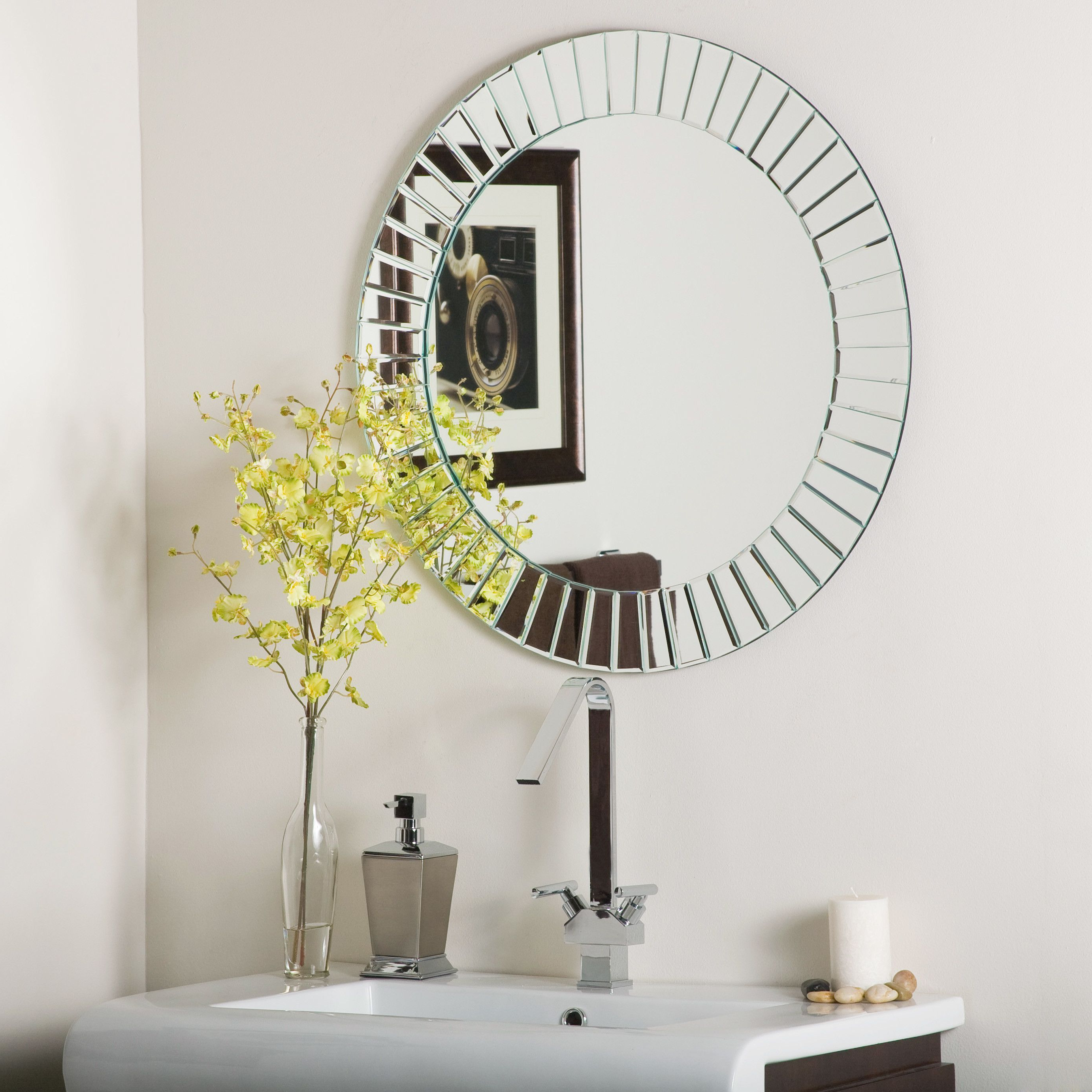 House Of Hampton Laine Frameless Beveled Wall Mirror (View 8 of 20)