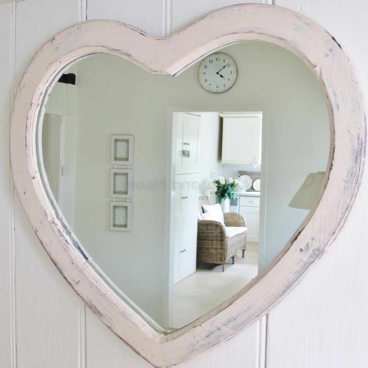 Large Cream Heart Wall Mirror (View 11 of 20)