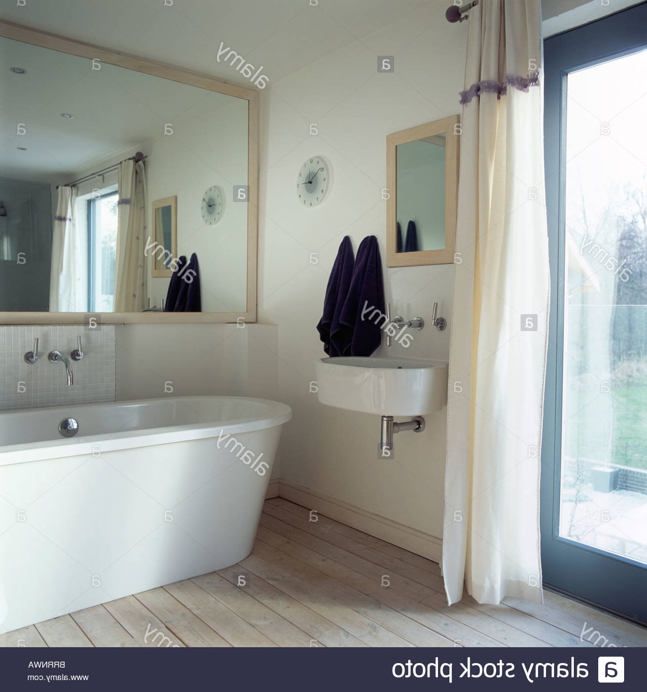 Large Wall Mirrors For Bathroom Pertaining To Fashionable Alluring Extra Large Bathroom Wall Mirror Mirrors Art White Engaging (View 7 of 20)