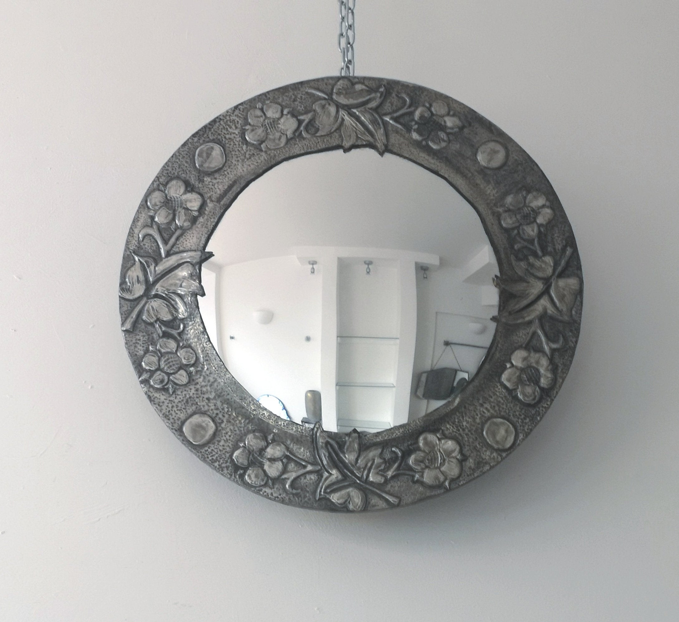 Lightweight Wall Mirrors With Best And Newest Pewter Convex Round Vintage Mirror Silver Metal Framed Mirror Lightweight  Wall Mirror (View 11 of 20)