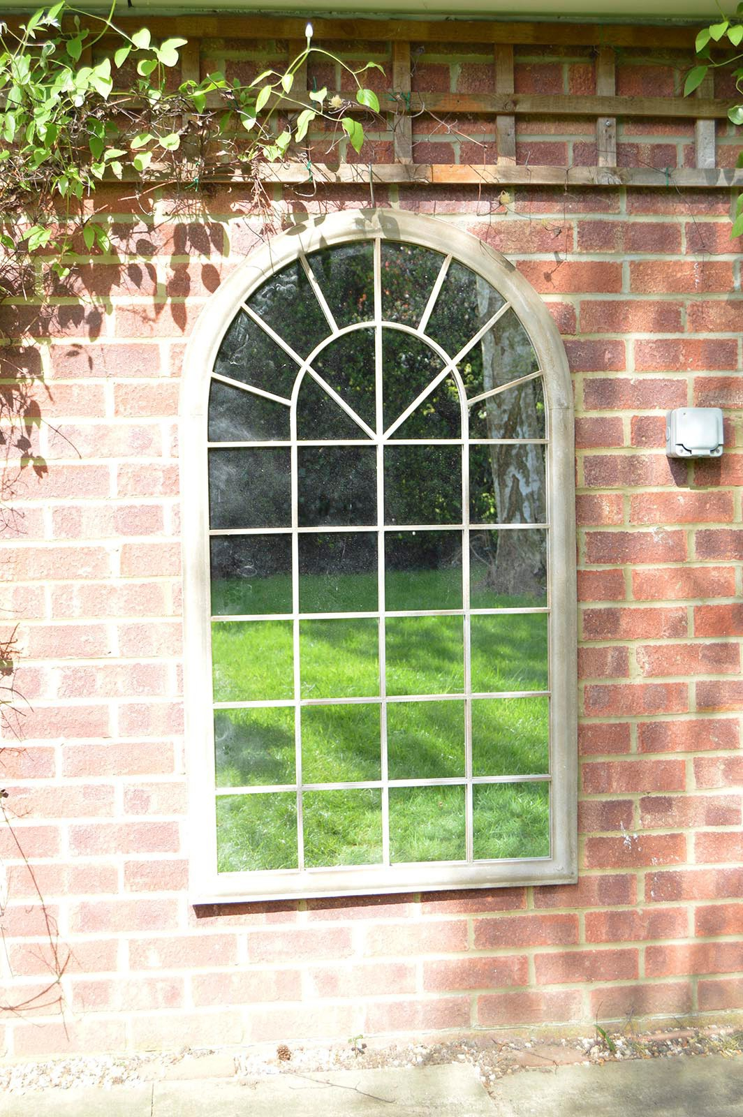Metal Arch Window Wall Mirrors Pertaining To Well Liked Details About Large Wall Mirror Rustic French Style Arched Window Garden  Outdoor 4Ft3 X 2Ft (View 9 of 20)