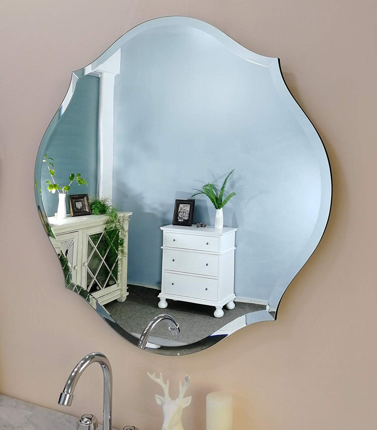 "Mirror Trend 28""x 28"" Gentle Scalloped Frameless Beveled Mirrors For  Bathroom Silver Mirror For Wall Decorative For Living Room And Bedroom  Mirrors Regarding Recent Reign Frameless Oval Scalloped Beveled Wall Mirrors (View 9 of 20)"