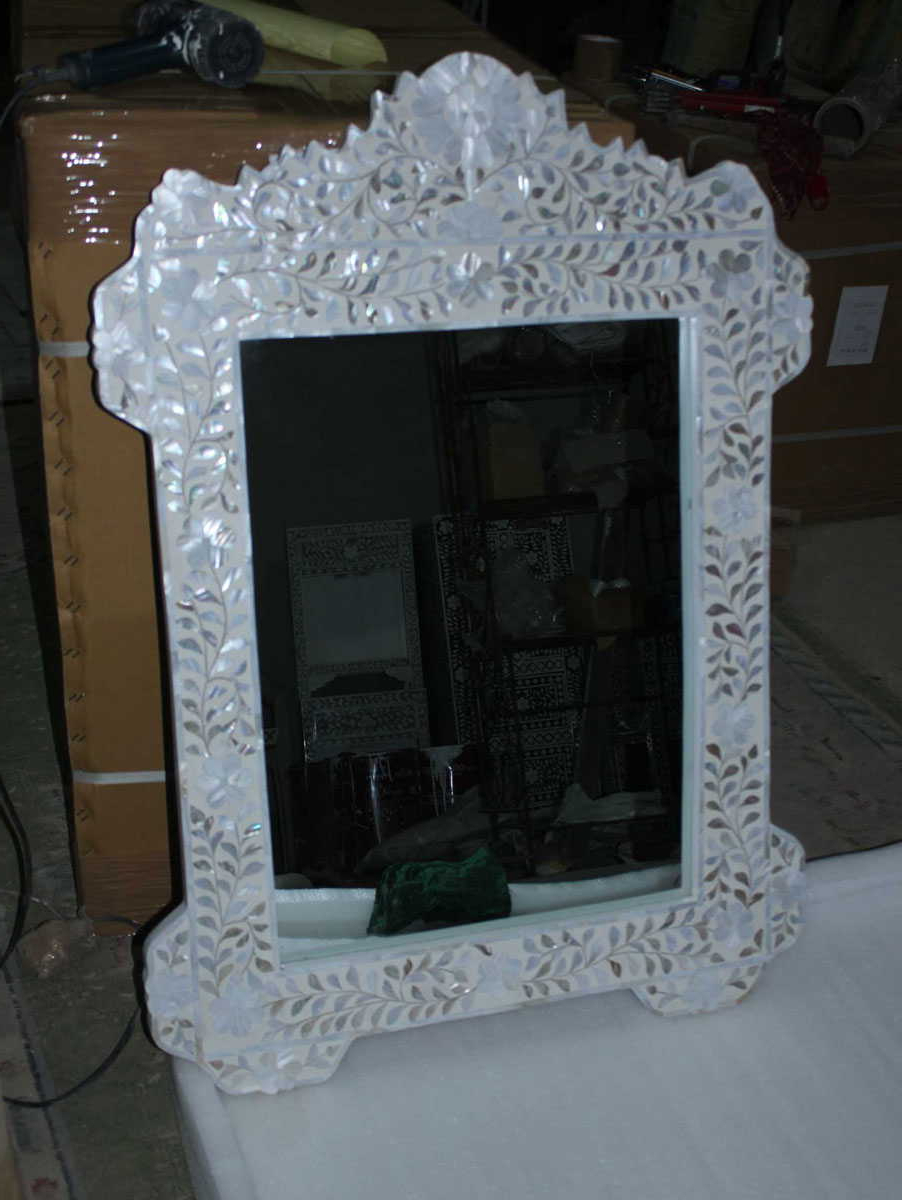 Most Current Mother Of Pearl Wall Mirrors Inside Mother Of Pearl Inlay Wall Mirrors (View 3 of 20)