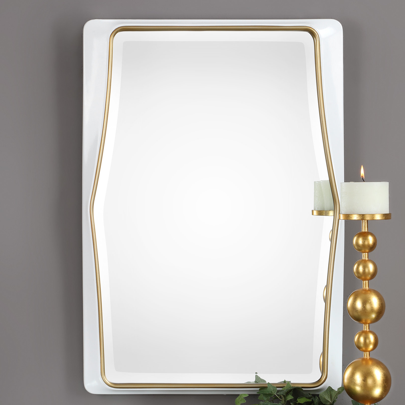 Most Popular Byxbee Colleen Accent Mirror Pertaining To Lugo Rectangle Accent Mirrors (View 15 of 20)