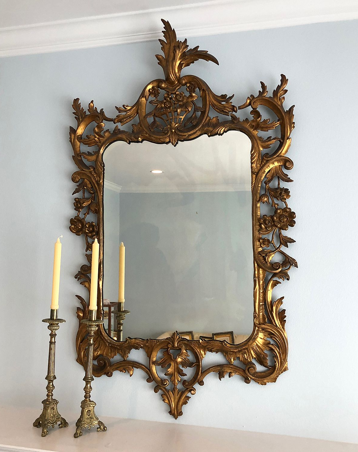 Most Popular Large Vintage Italian Carved Gilt Wood Wall Mirror In (View 8 of 20)