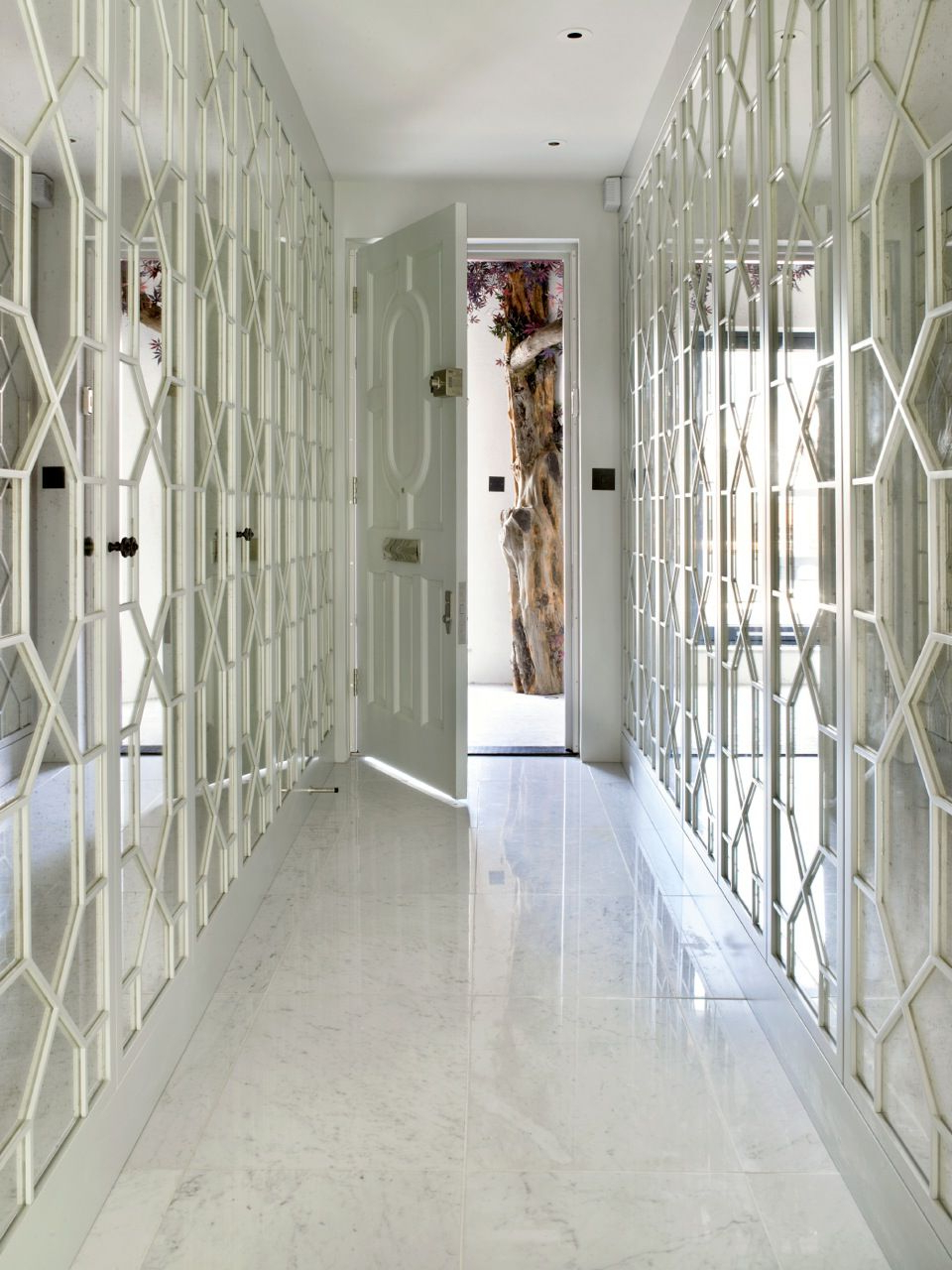 Most Popular Mayfair Bachelor Pad Hallway Feature Mirror Panelling (View 19 of 20)