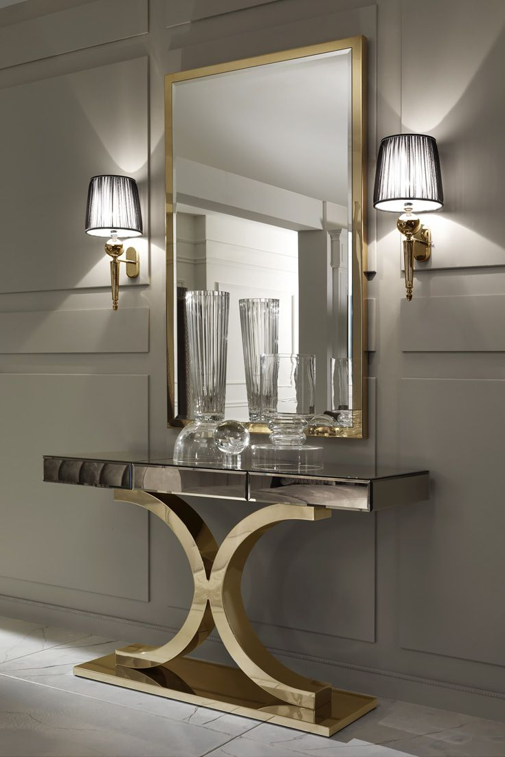 Most Recent Entryway Wall Mirrors With Large Gold Italian Wall Mirror (View 14 of 20)