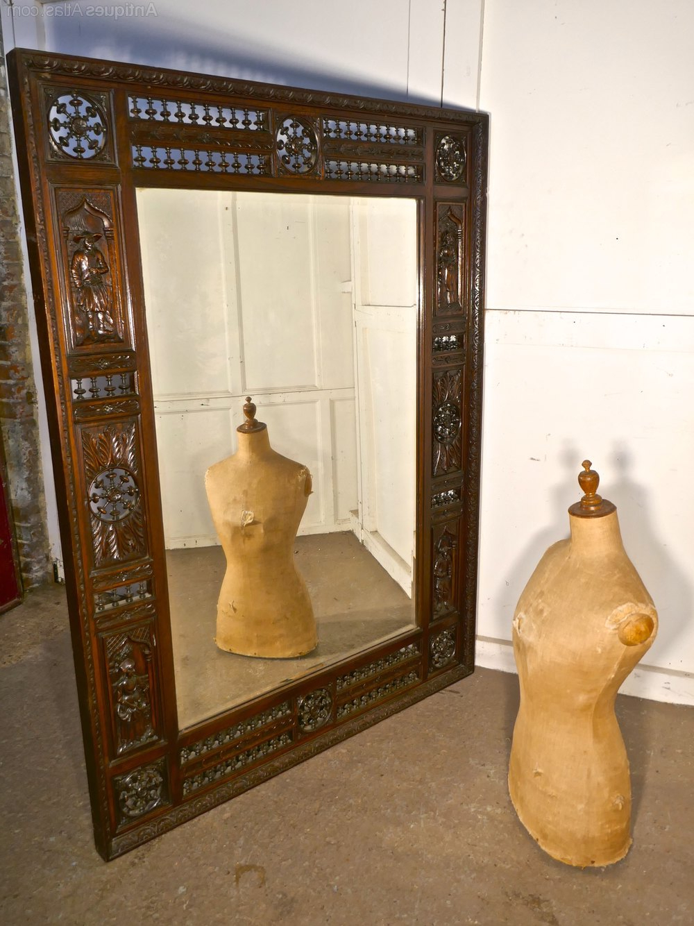 Most Recent Very Large Bretton Carved Oak Wall Mirror For Very Large Wall Mirrors (View 8 of 20)