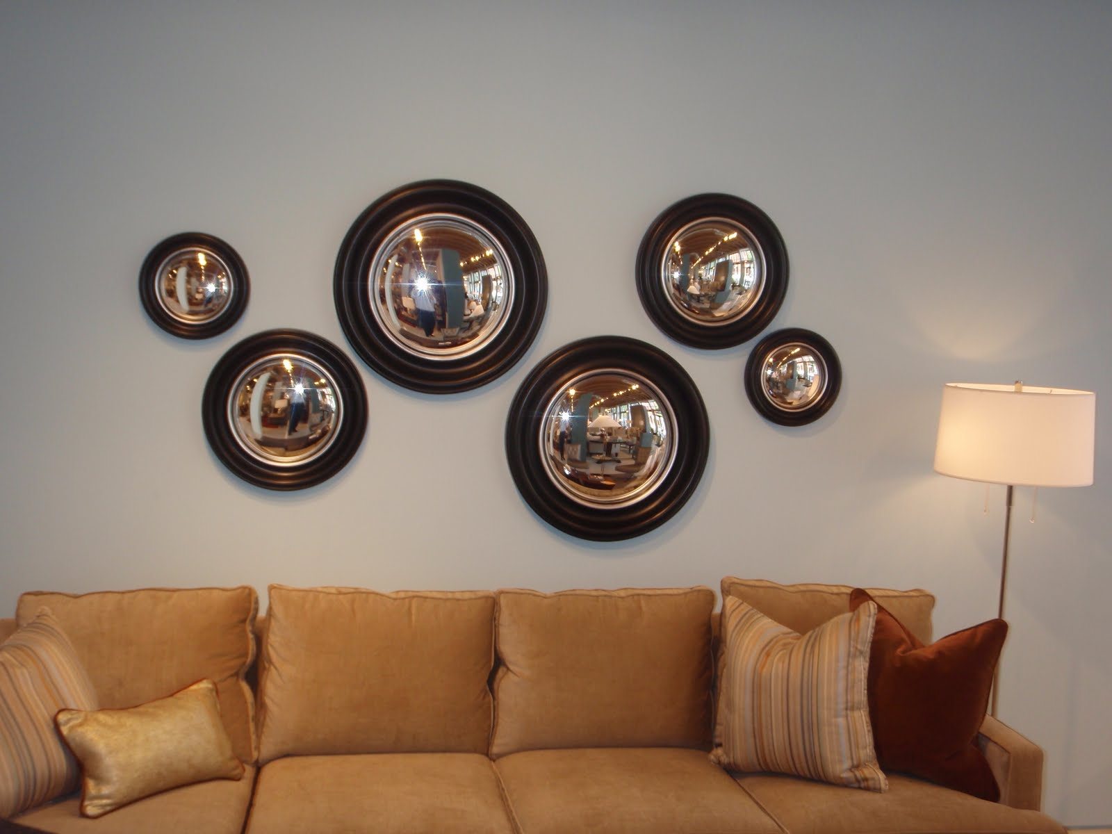 Most Up To Date Convex Wall Mirrors With Regard To Decorative Convex Mirror Creative Style Office And Bedroom Black (View 16 of 20)