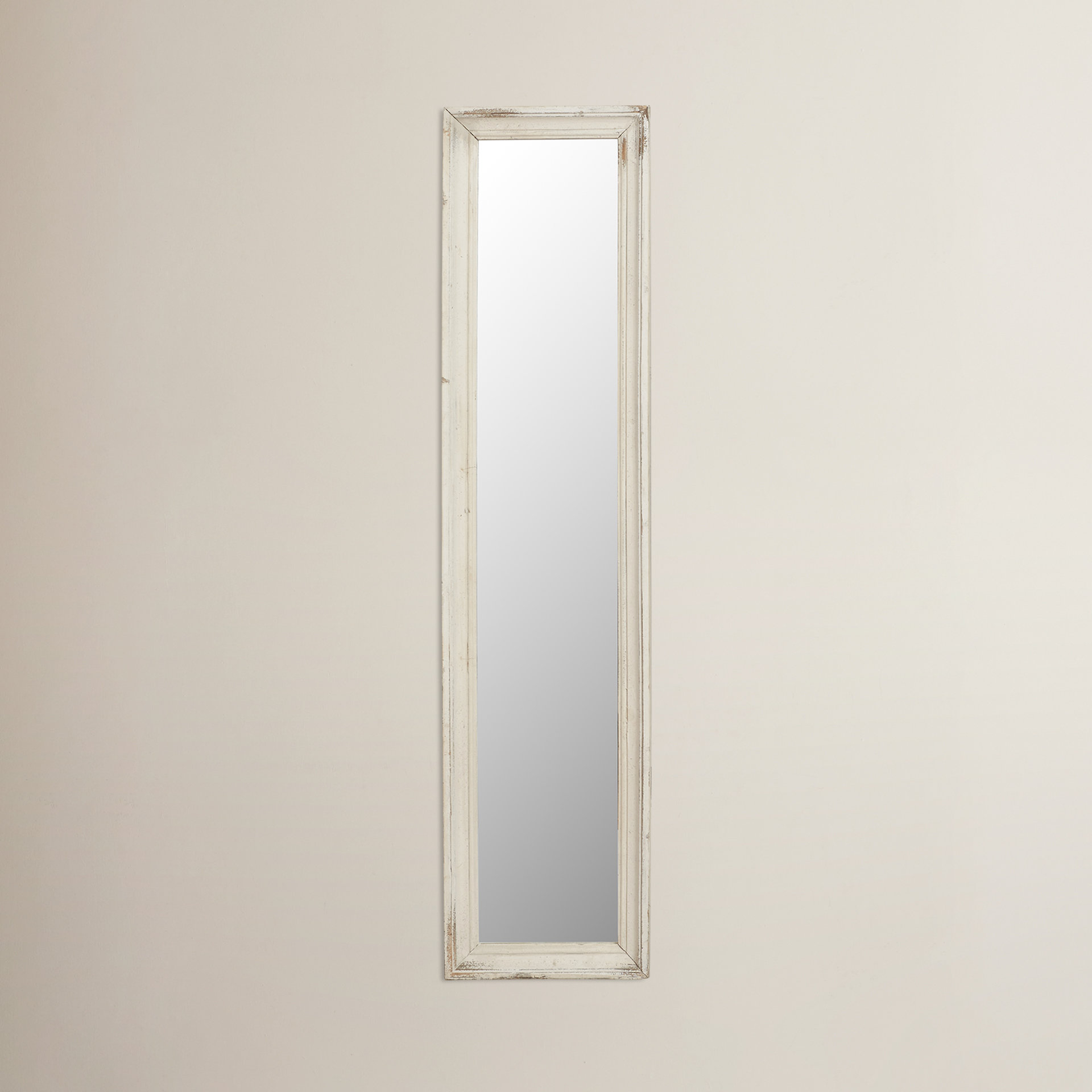 Most Up To Date Pauletta Rectangular Full Length Mirror For Decorative Full Length Wall Mirrors (View 11 of 20)