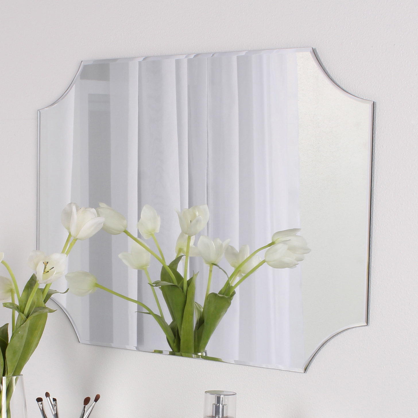 Newest Reign Frameless Oval Scalloped Beveled Wall Mirrors With Regard To Reign Frameless Rectangle Scalloped Beveled Wall Mirror (View 11 of 20)