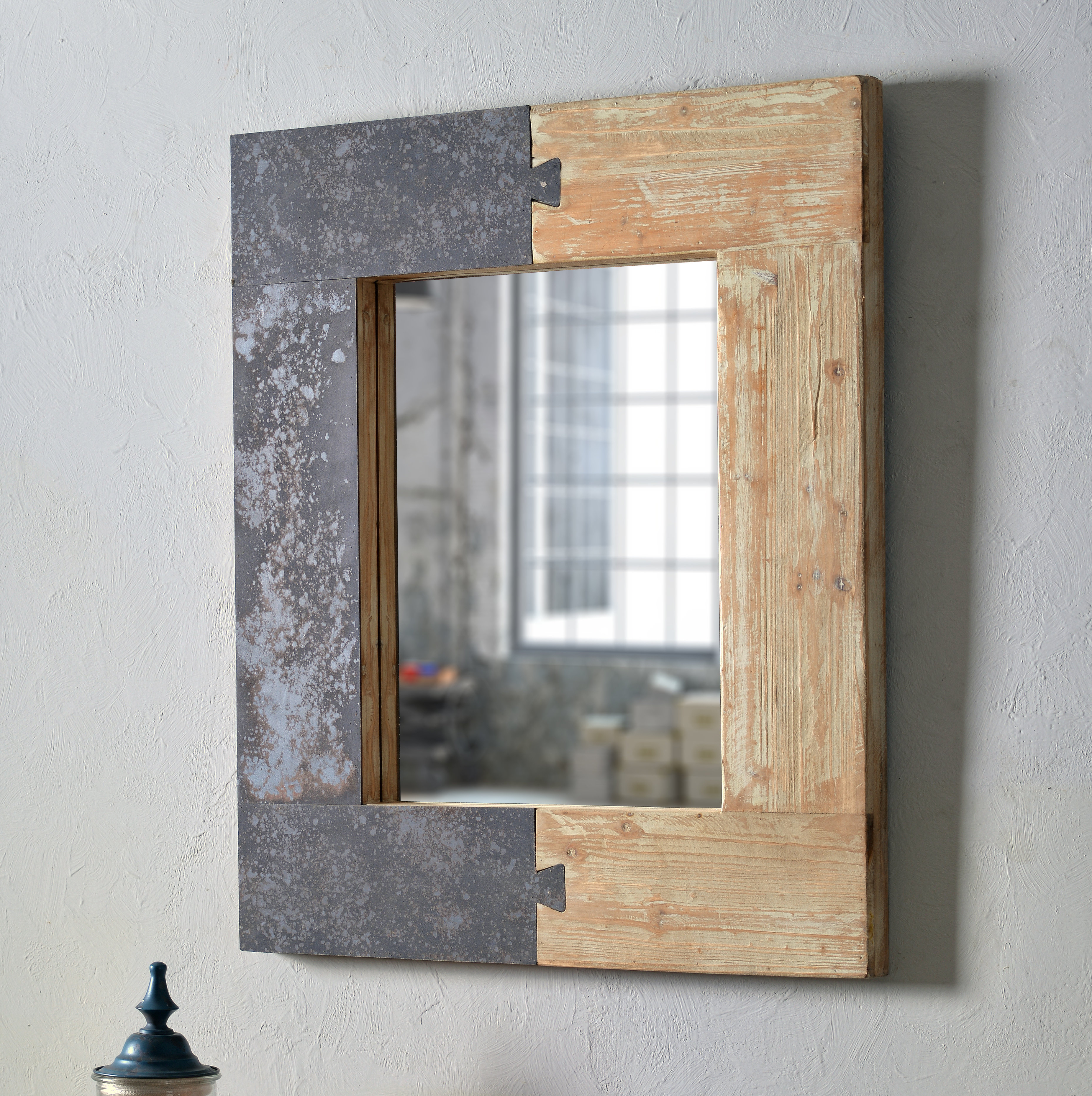 Norma Accent Mirror With Regard To Fashionable Glynis Wild West Accent Mirrors (Gallery 13 of 20)