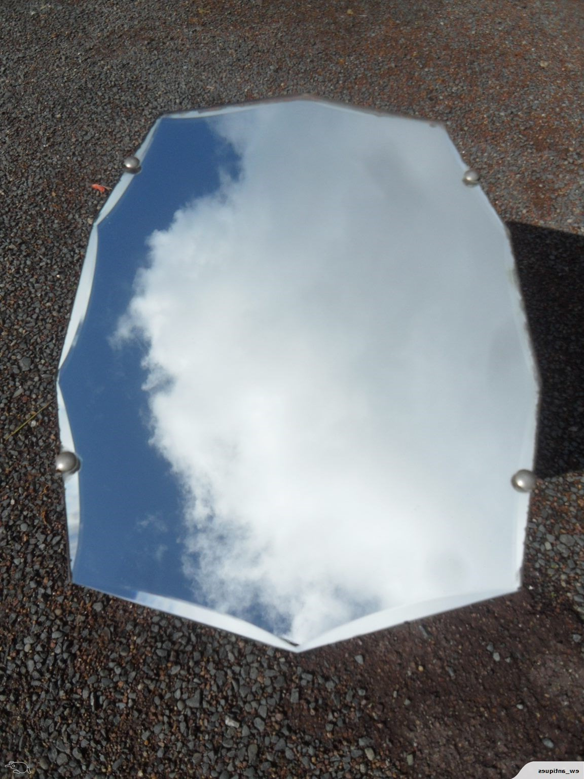 Old Fashioned Wall Mirrors For Widely Used Retro Wall Mirror (View 10 of 20)