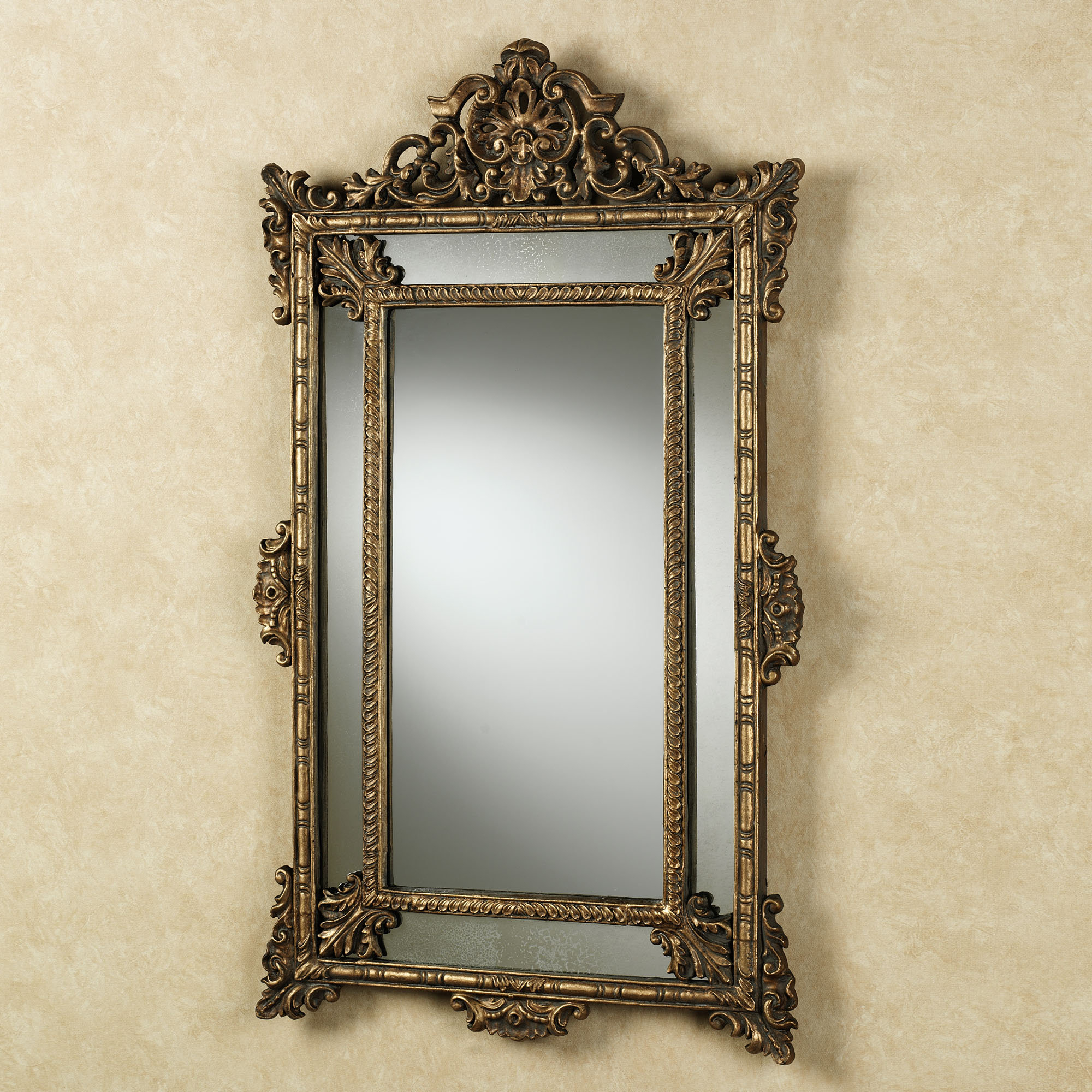 Featured Photo of Old Fashioned Wall Mirrors