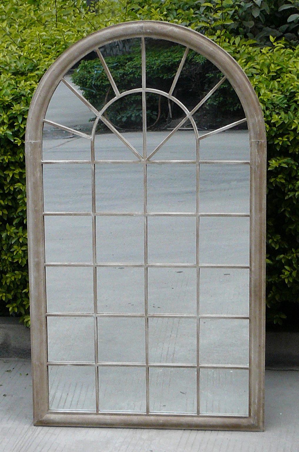 Outdoor Garden Wall Mirrors Within Preferred New Outdoor Garden Wall Mirrors Large Plaques Art Ideas (View 8 of 20)