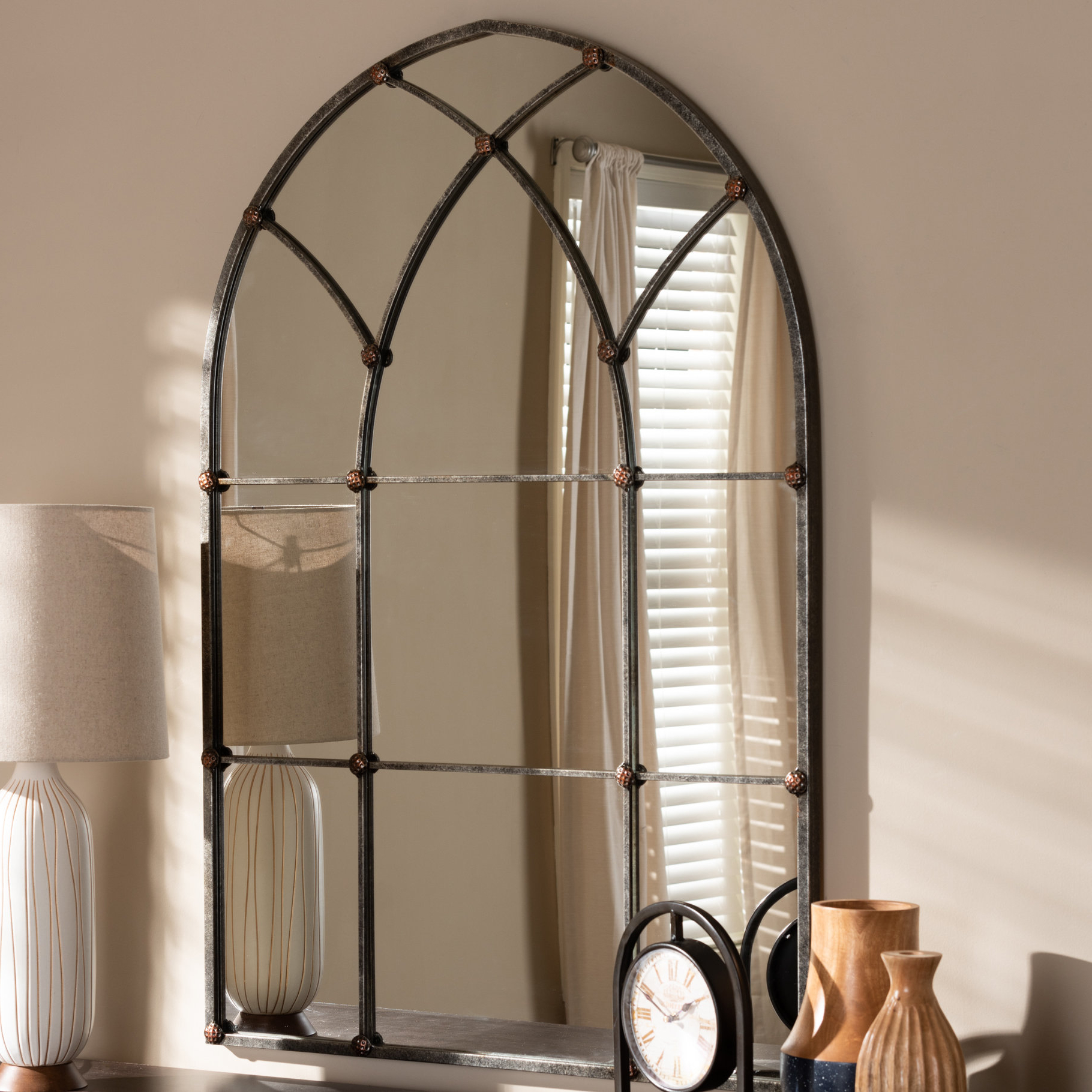 Pietrzak Wall Accent Mirror Throughout Widely Used Romain Accent Mirrors (Gallery 13 of 20)