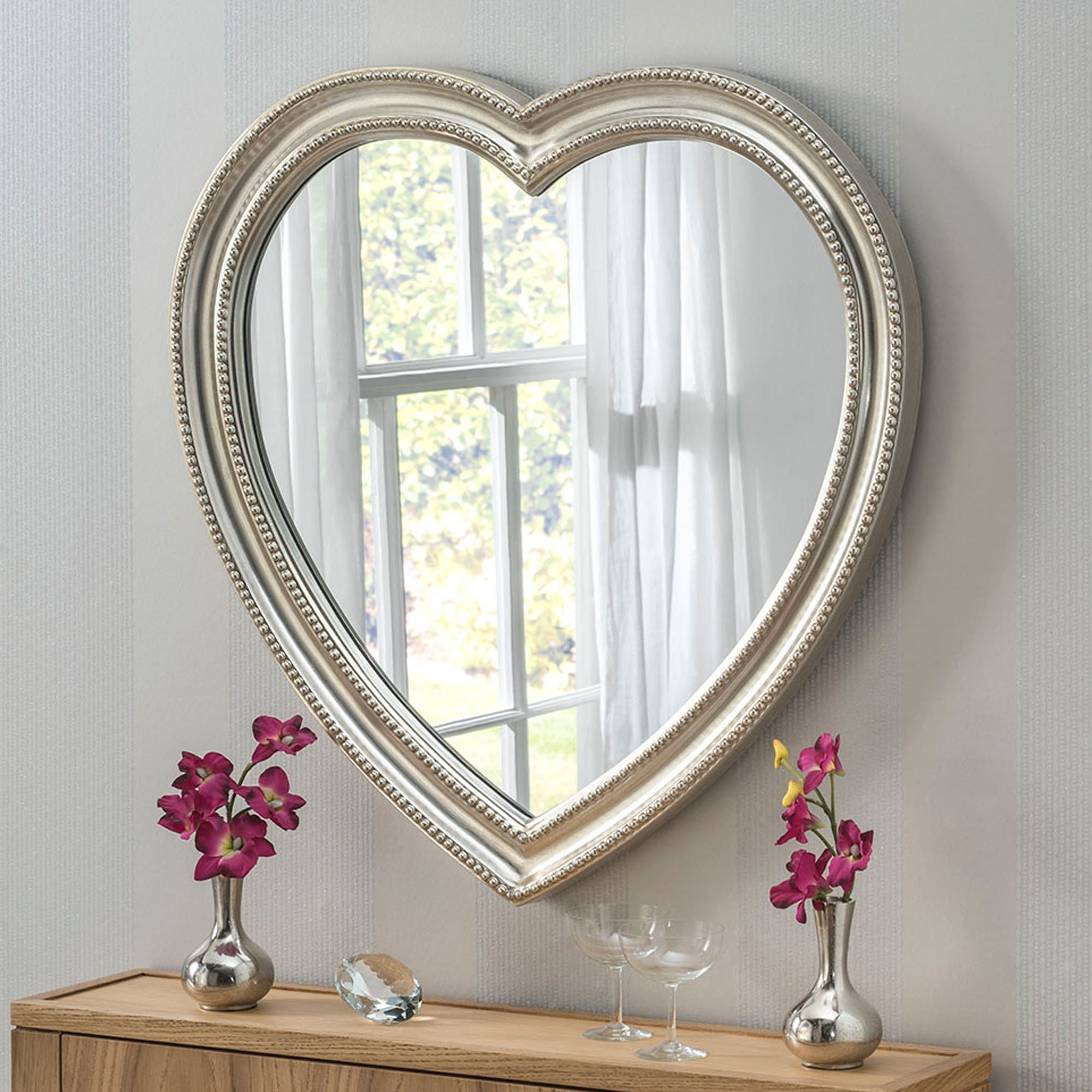 Popular Heart Wall Mirrors Throughout Contemporary Silver Heart Wall Mirror (View 3 of 20)