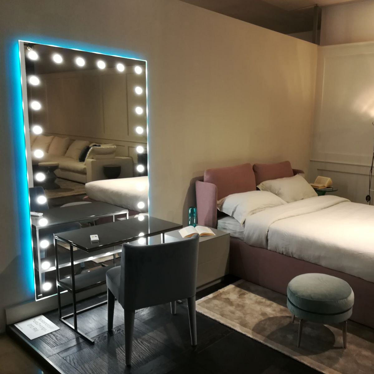 Popular Lit Wall Mirrors Unica To Light Up The Bedroom For Bedroom Wall Mirrors (View 15 of 20)