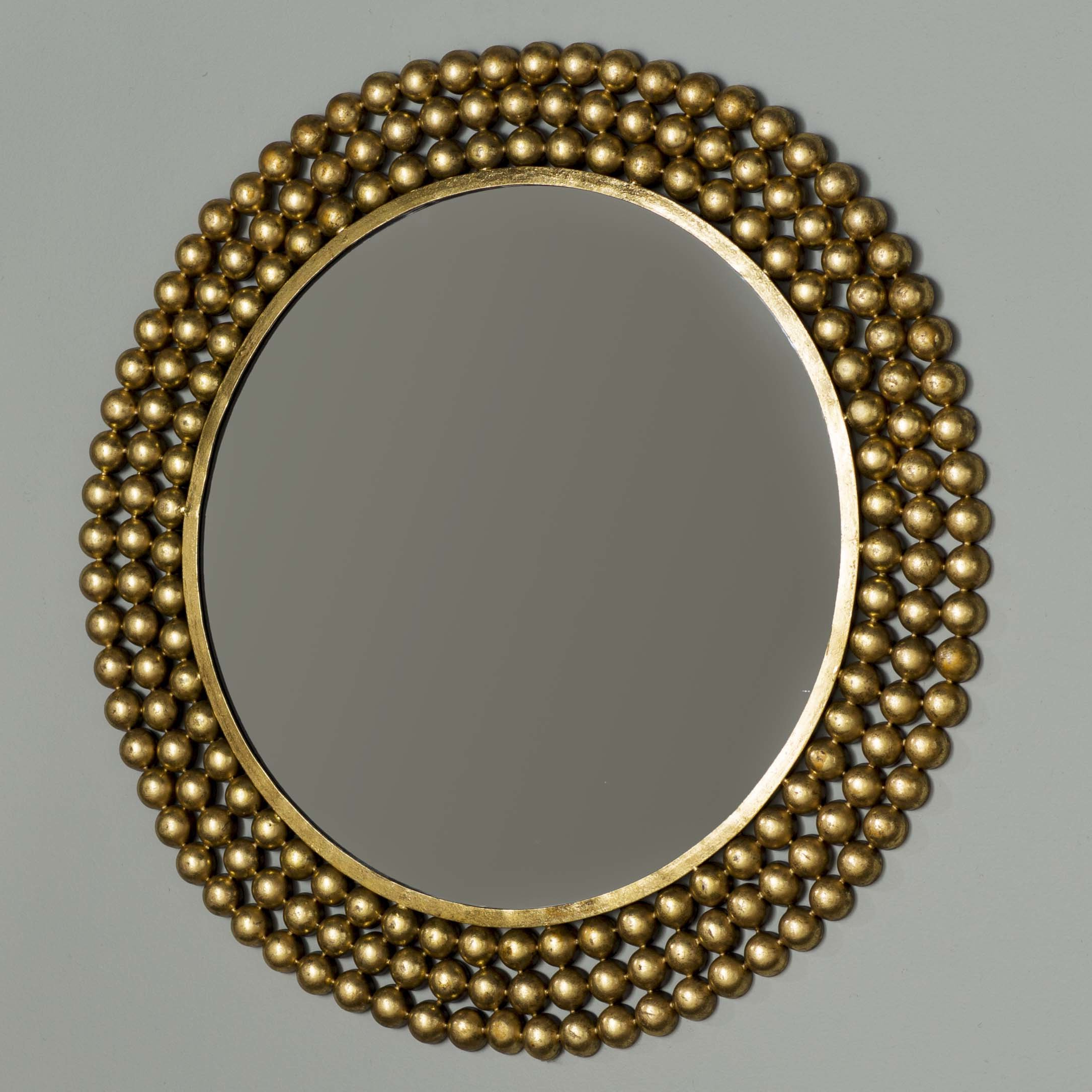 Popular Traditional Round Metal Frame Accent Mirror Throughout Bracelet Traditional Accent Mirrors (View 20 of 20)