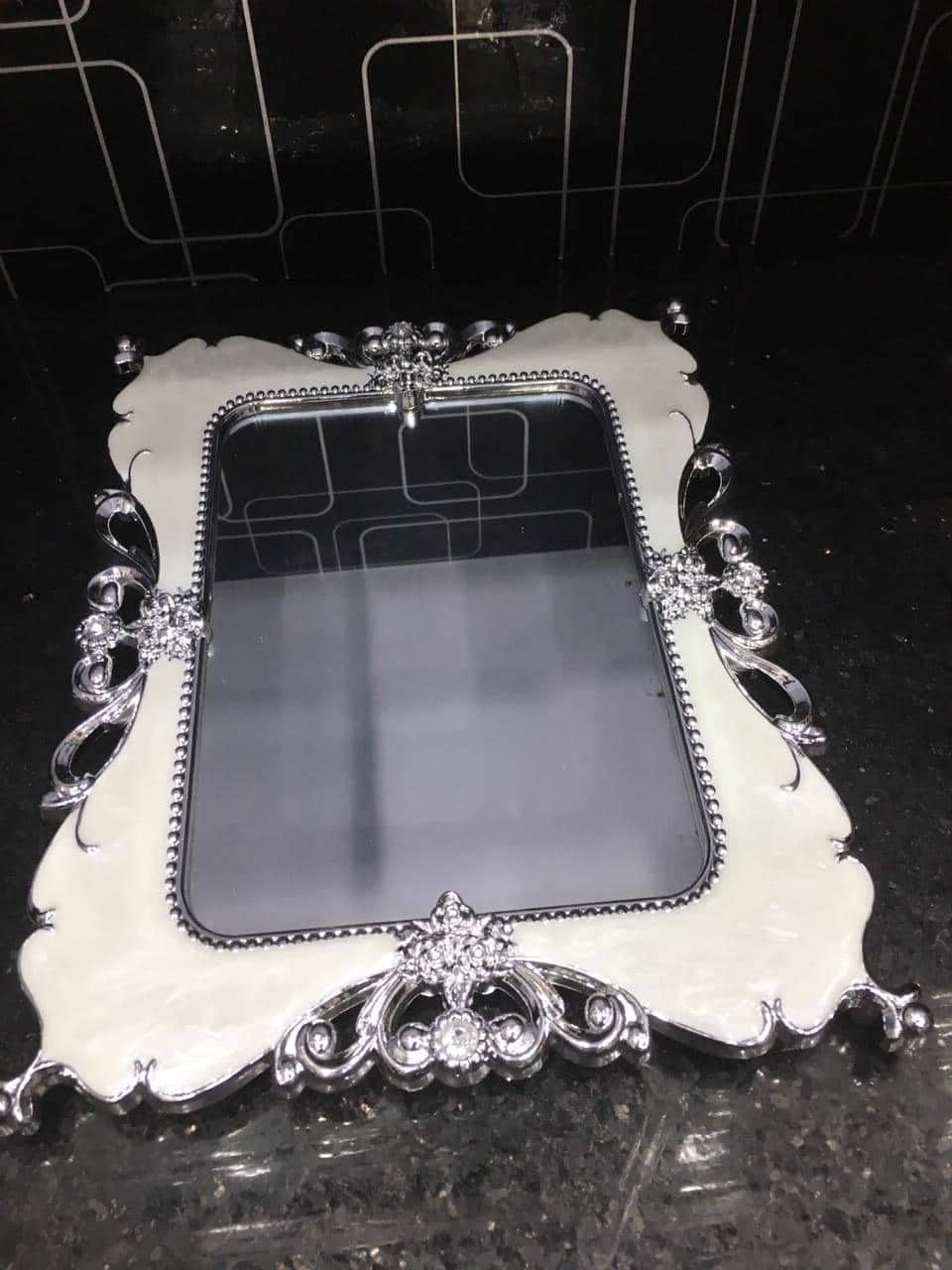 Popular Unbreakable Wall Mirrors With Side Table Silver Stylish Mirror (View 20 of 20)