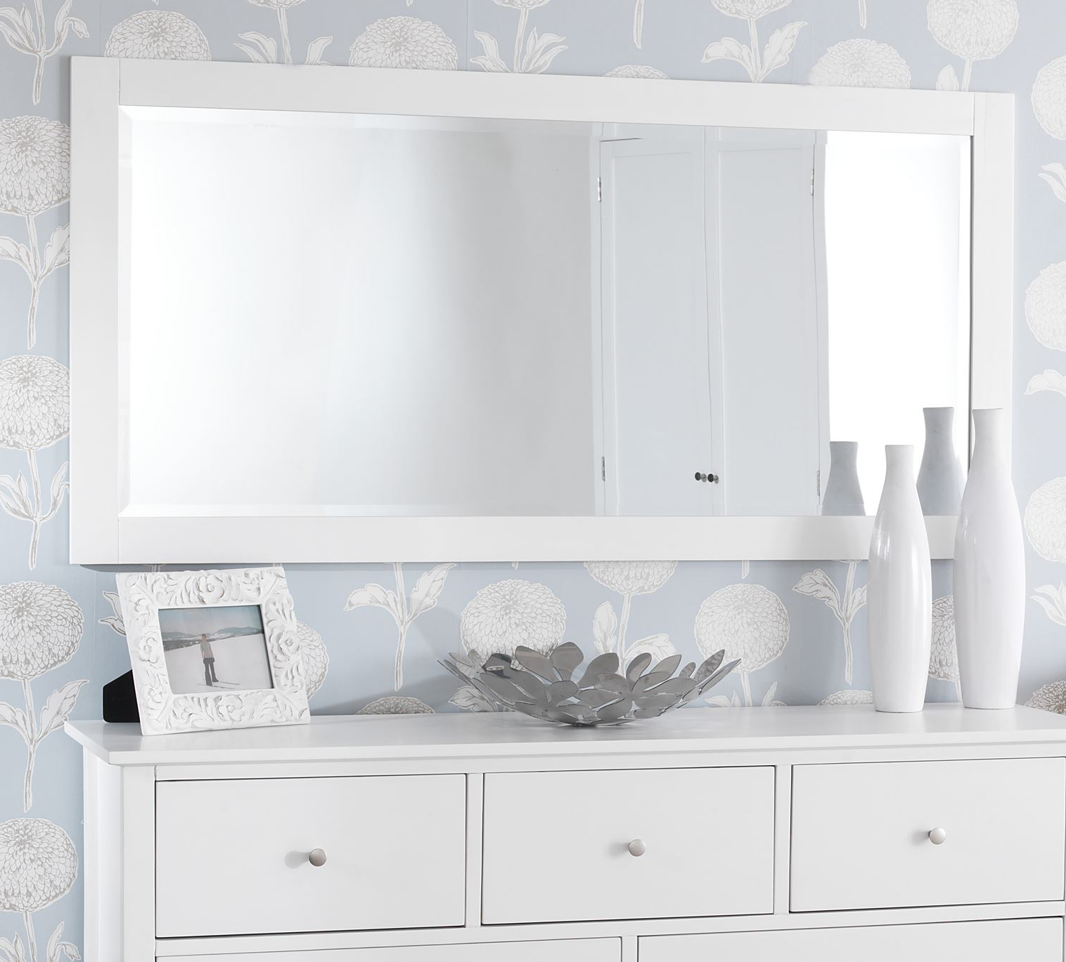 Popular Wunderbar White Wall Mirrors Large Vanities Magnifying Cust Depot Throughout White Long Wall Mirrors (View 2 of 20)