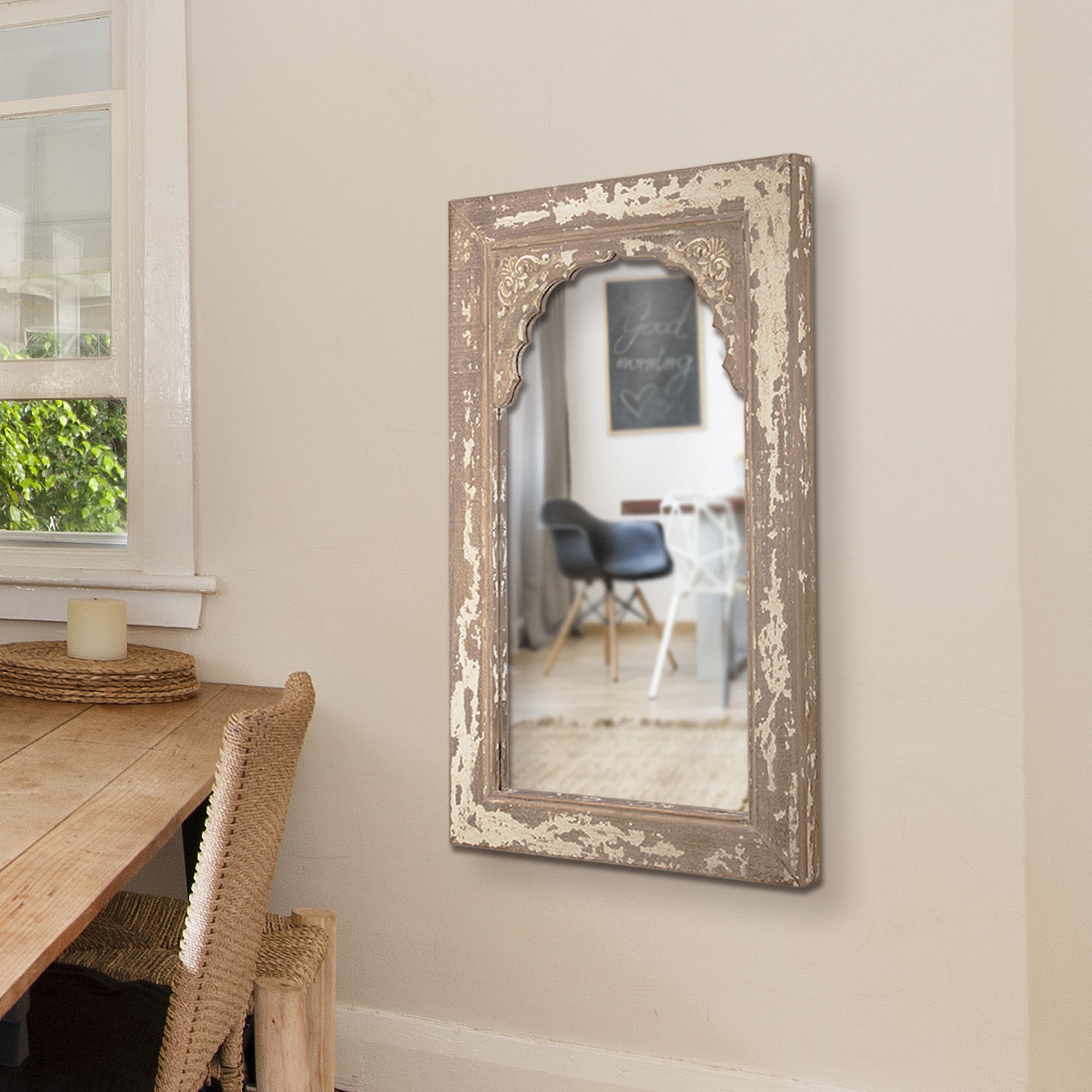 Preferred Glynis Wild West Accent Mirrors With Regard To Occoquan Cottage/country Venetian Accent Mirror (View 10 of 20)