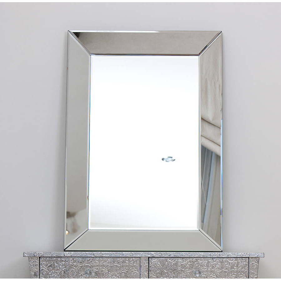 Recent Venetian Glass Mirrored Wall Mirror Choice Of Sizes Throughout Venetian Wall Mirrors (Gallery 6 of 20)