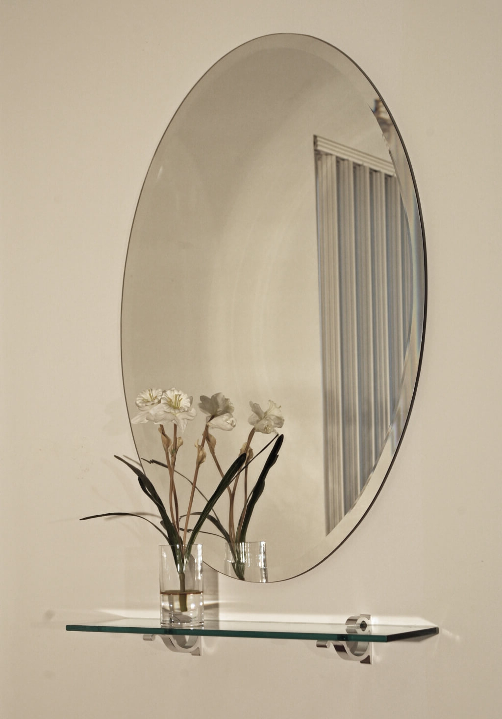 Remarkable Decorative Beveled Wall Mirrors Frame Large Three With Well Liked Frameless Round Wall Mirrors (View 19 of 20)