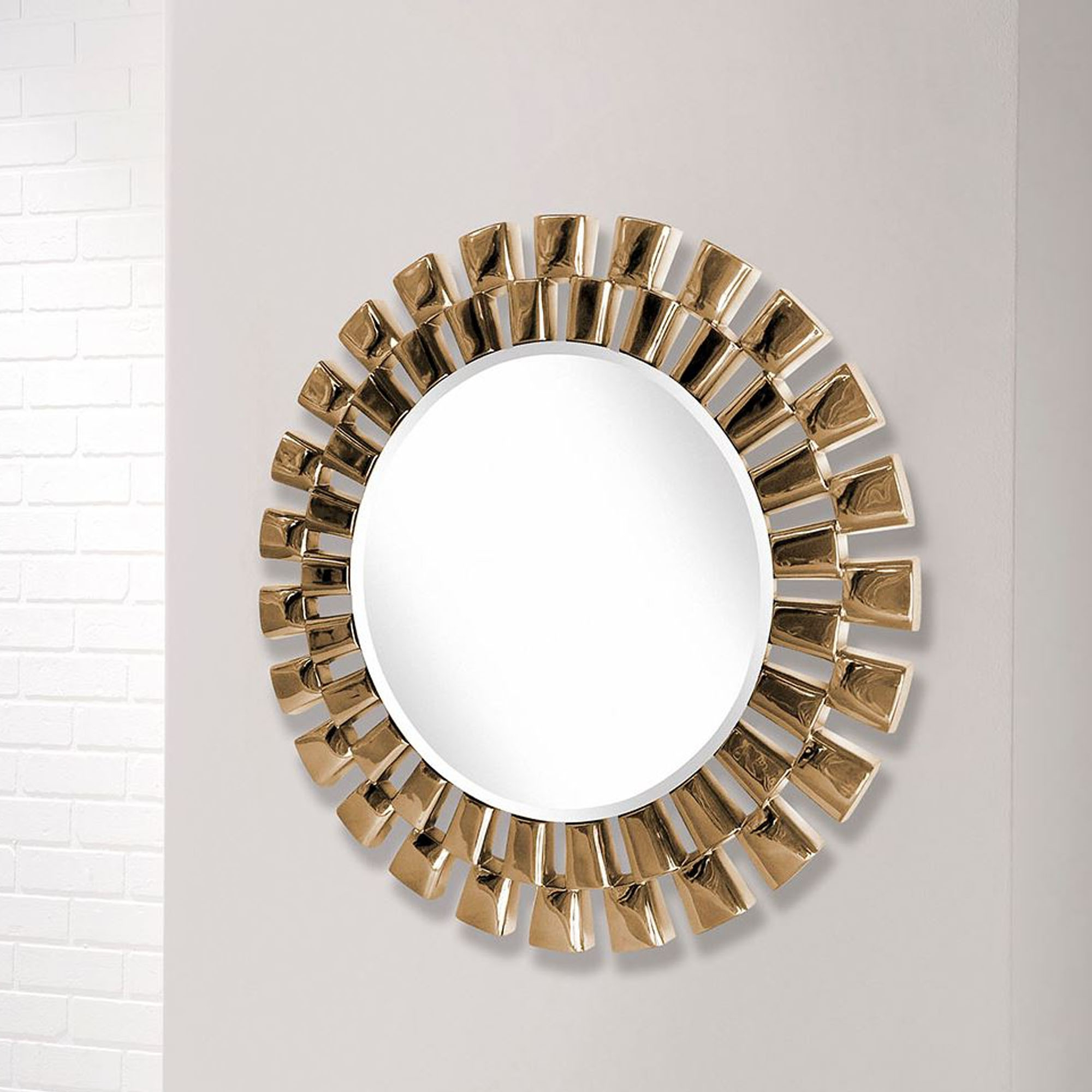Round Contemporary Chrome Copper Wall Mirror With Regard To 2020 Copper Wall Mirrors (View 4 of 20)