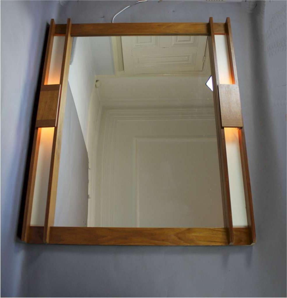 Scandinavian Mid Century Teak Illuminated Wall Mirror With Regard To Trendy Mid Century Wall Mirrors (Gallery 5 of 20)