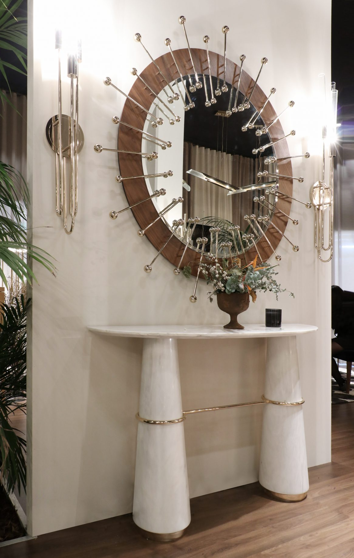 Stunning Wall Mirrors With Regard To Trendy Stunning Wall Mirrors For Your Entryway (Gallery 20 of 20)