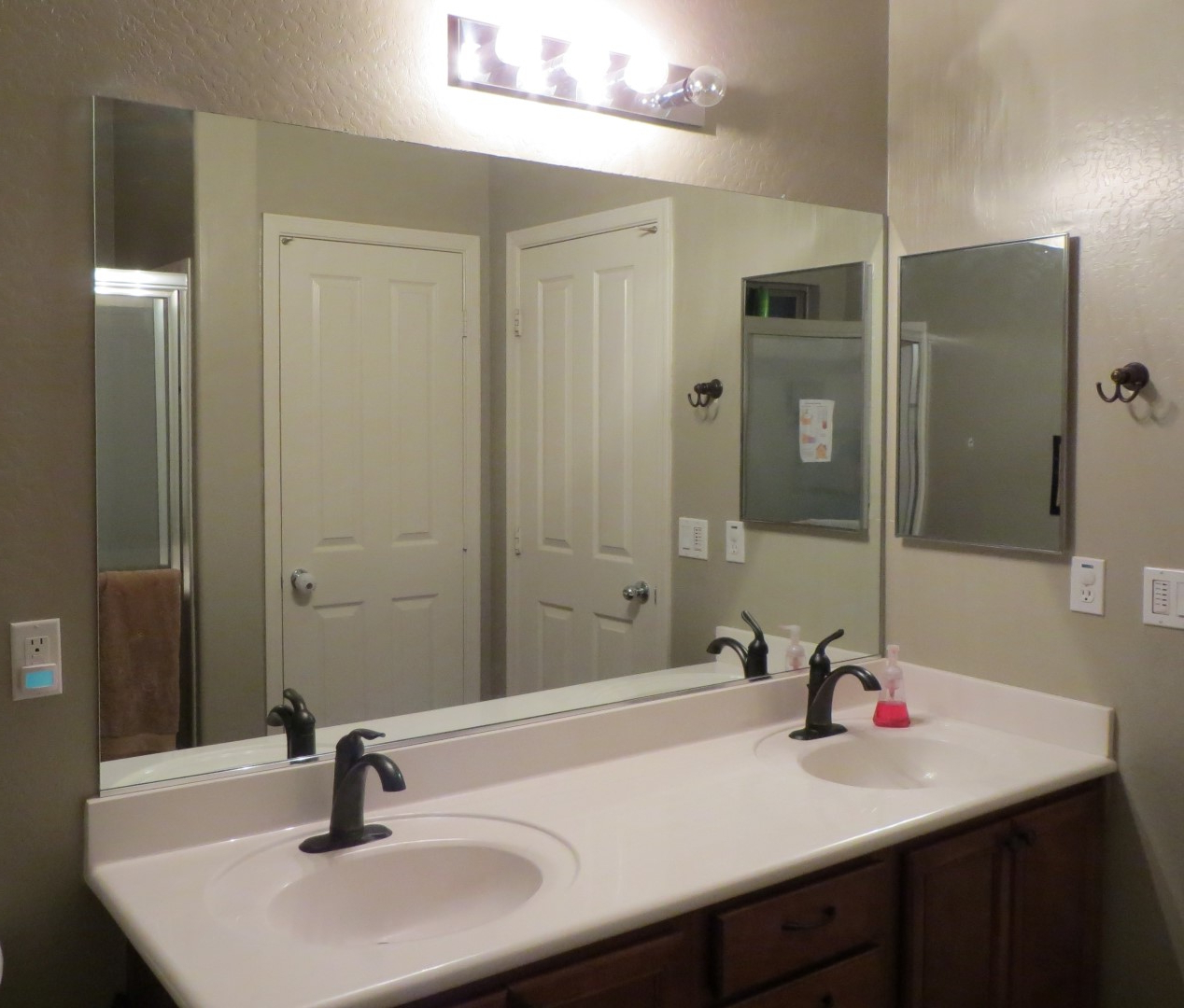 Top 30 Blue Ribbon Frameless Bathroom Mirrors Ideas And Large Mirror Pertaining To Current Bathroom Full Wall Mirrors (View 13 of 20)