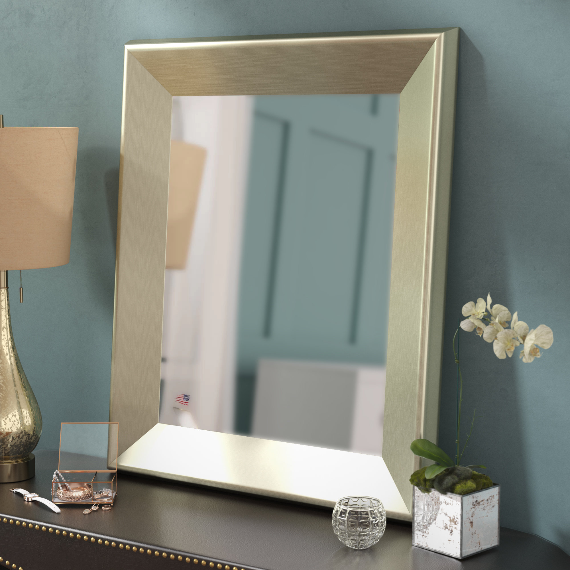 Traditional Wall Mirror With Regard To Most Recently Released Traditional Wall Mirrors (View 15 of 20)
