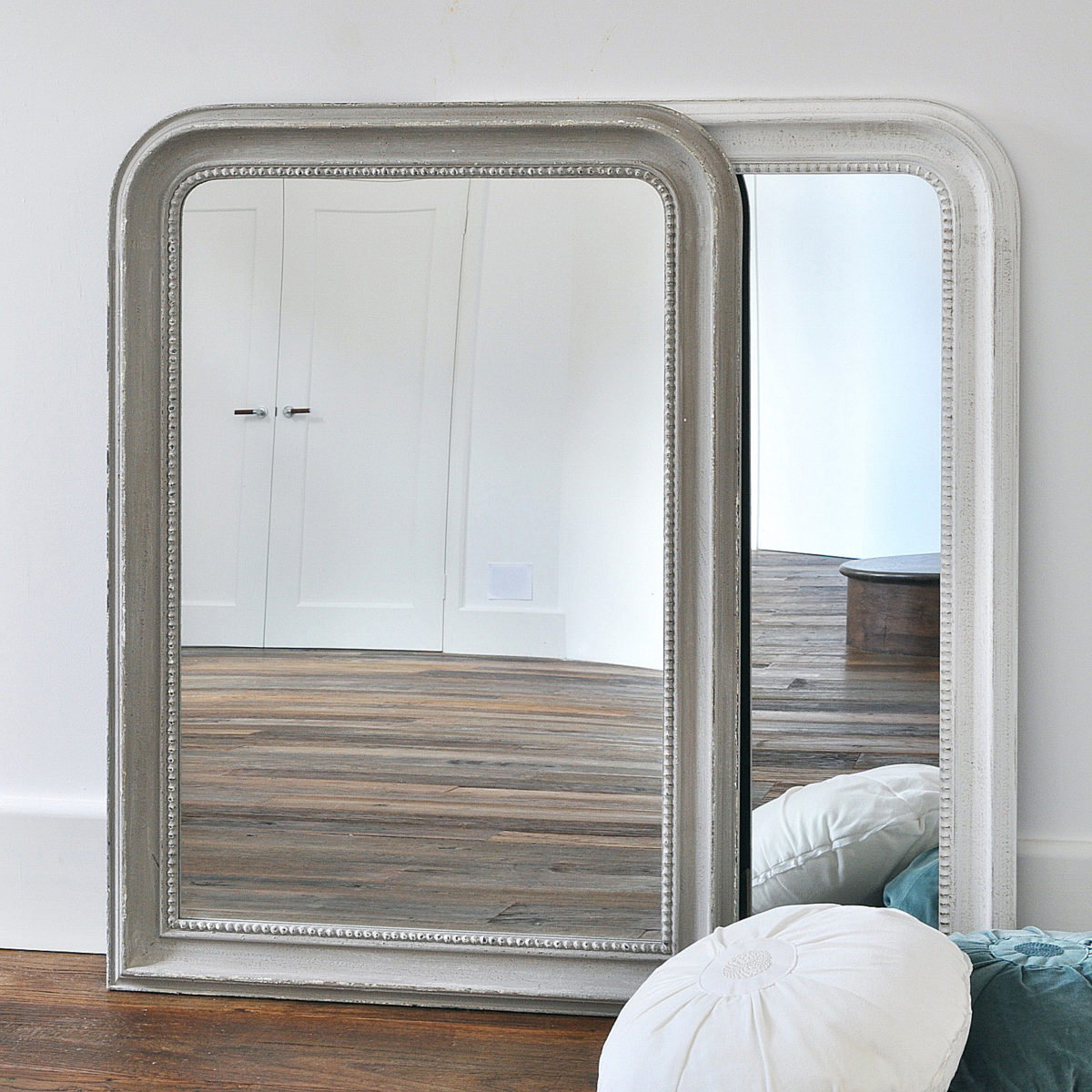Trendy Beaded Wall Mirrors Throughout Beaded Wall Mirror – Grey & White (View 17 of 20)