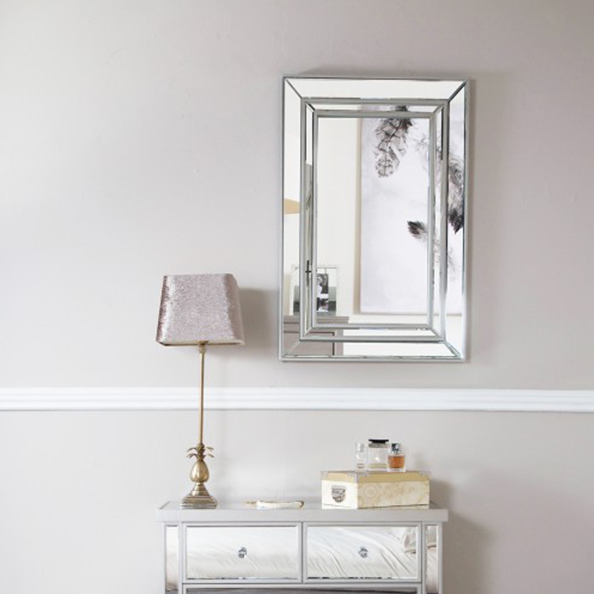 Venetian Style Wall Mirror Throughout Most Popular Venetian Style Wall Mirrors (View 1 of 20)