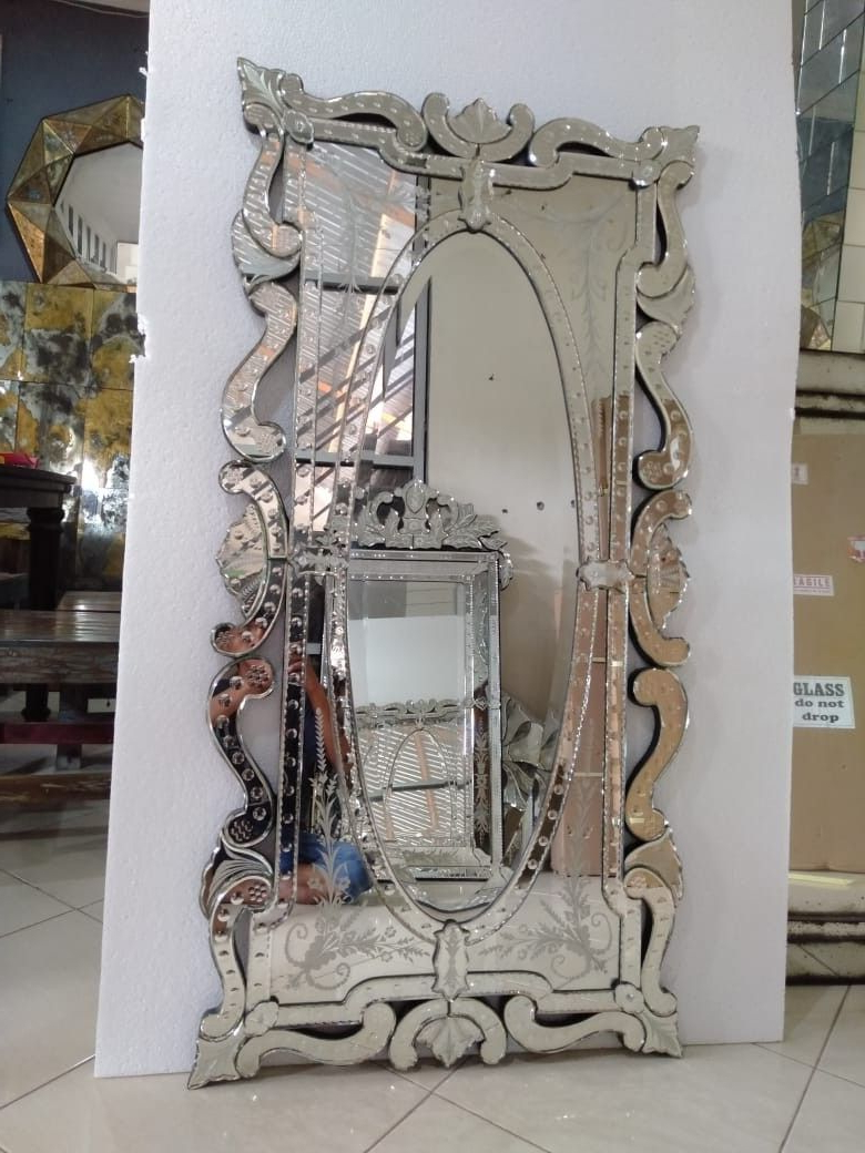 Venetian Style Wall Mirrors Throughout Favorite Venetian Style Mirrorhand Mand From Indonesia (View 6 of 20)
