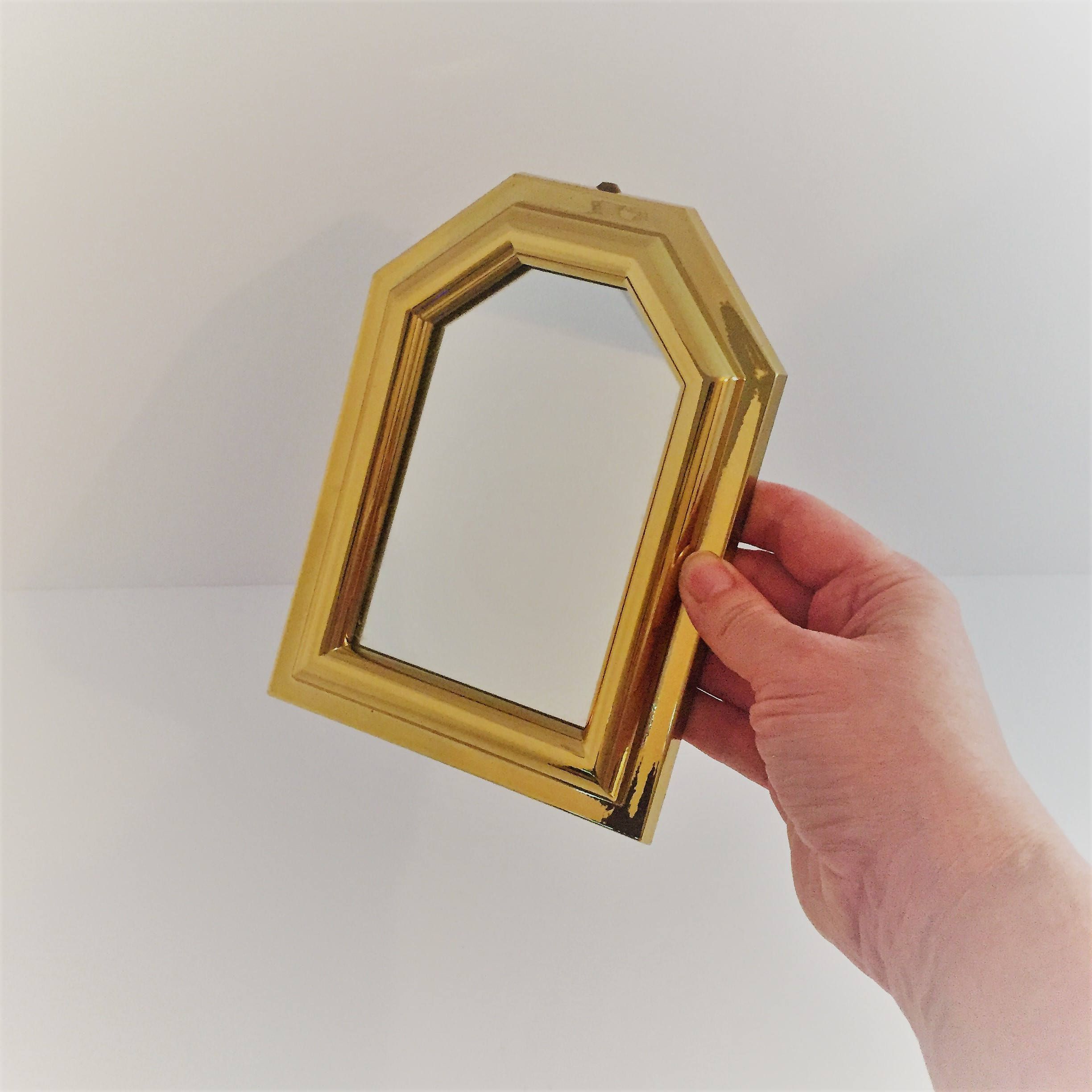 Vintage Gold Mirror Decorative Gold Wall Mirror Lightweight With Trendy Small Gold Wall Mirrors (View 6 of 20)
