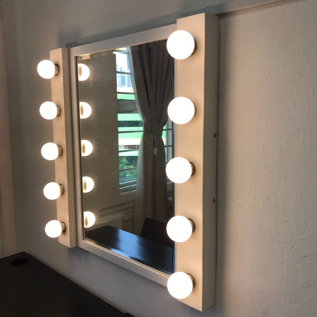 Wall Mirror & Led Wall Lamp Within Widely Used Led Wall Mirrors (View 17 of 20)