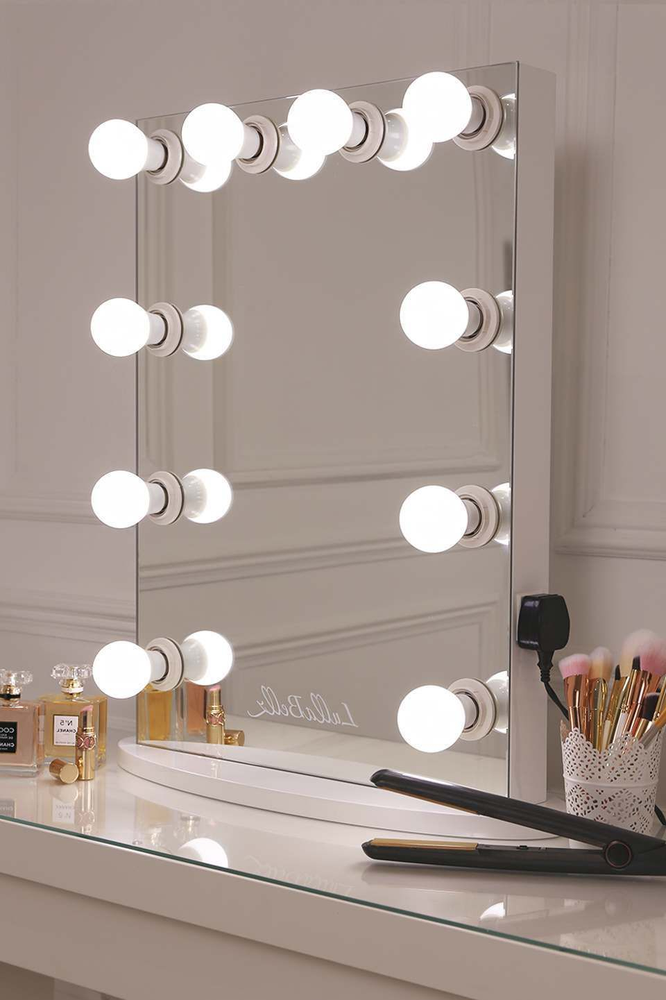 Wall Mirrors With Light Bulbs Pertaining To Current Simplistic Crisp White Finish Embedded Hollywood Light Up Mirror (View 2 of 20)