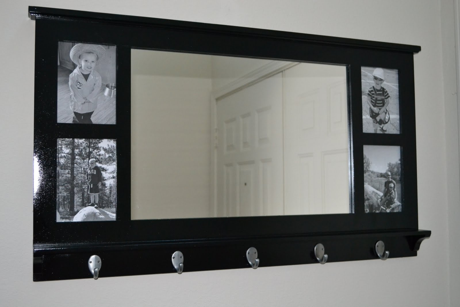 Wall Shelves With Mirror And Hooks – Webfaceconsult With Regard To Preferred Wall Mirrors With Hooks (View 3 of 20)
